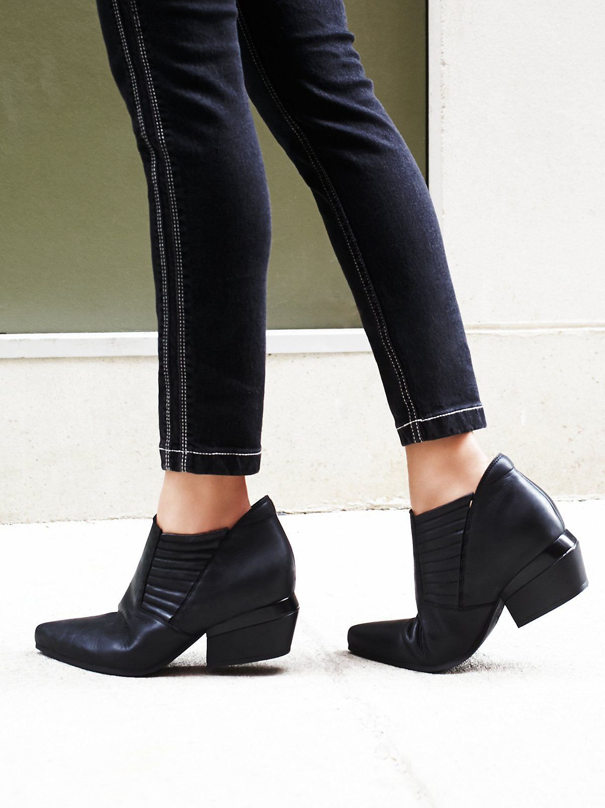 Outerbanks Ankle Boot