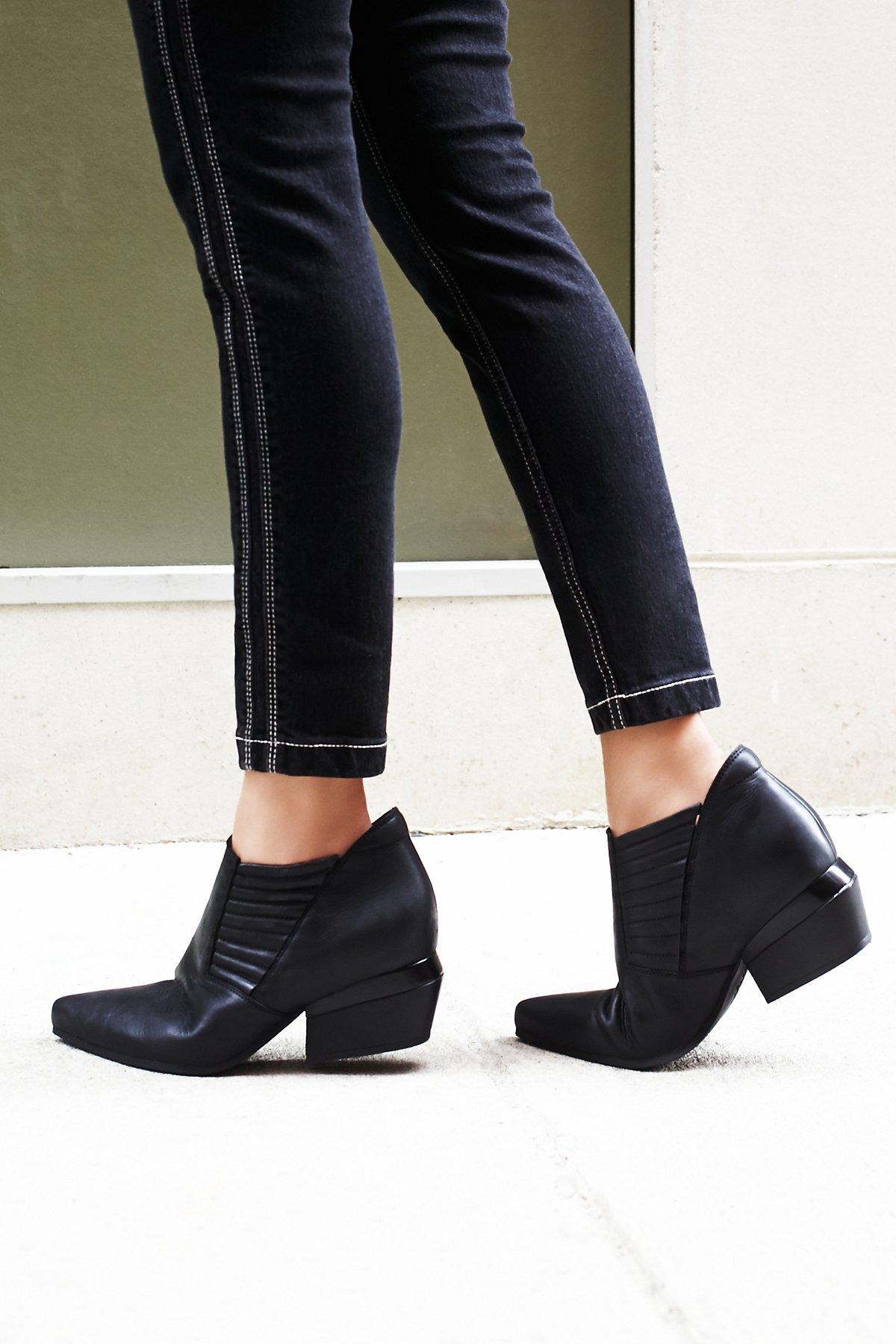 Outerbanks踝靴