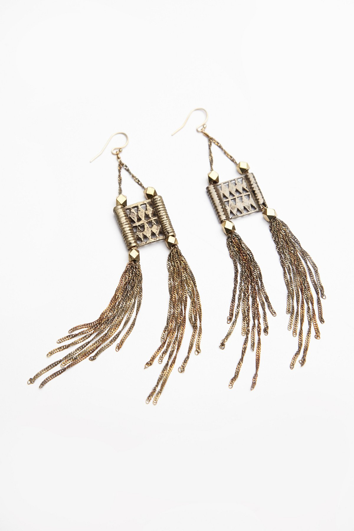 Dolly Chain Earring