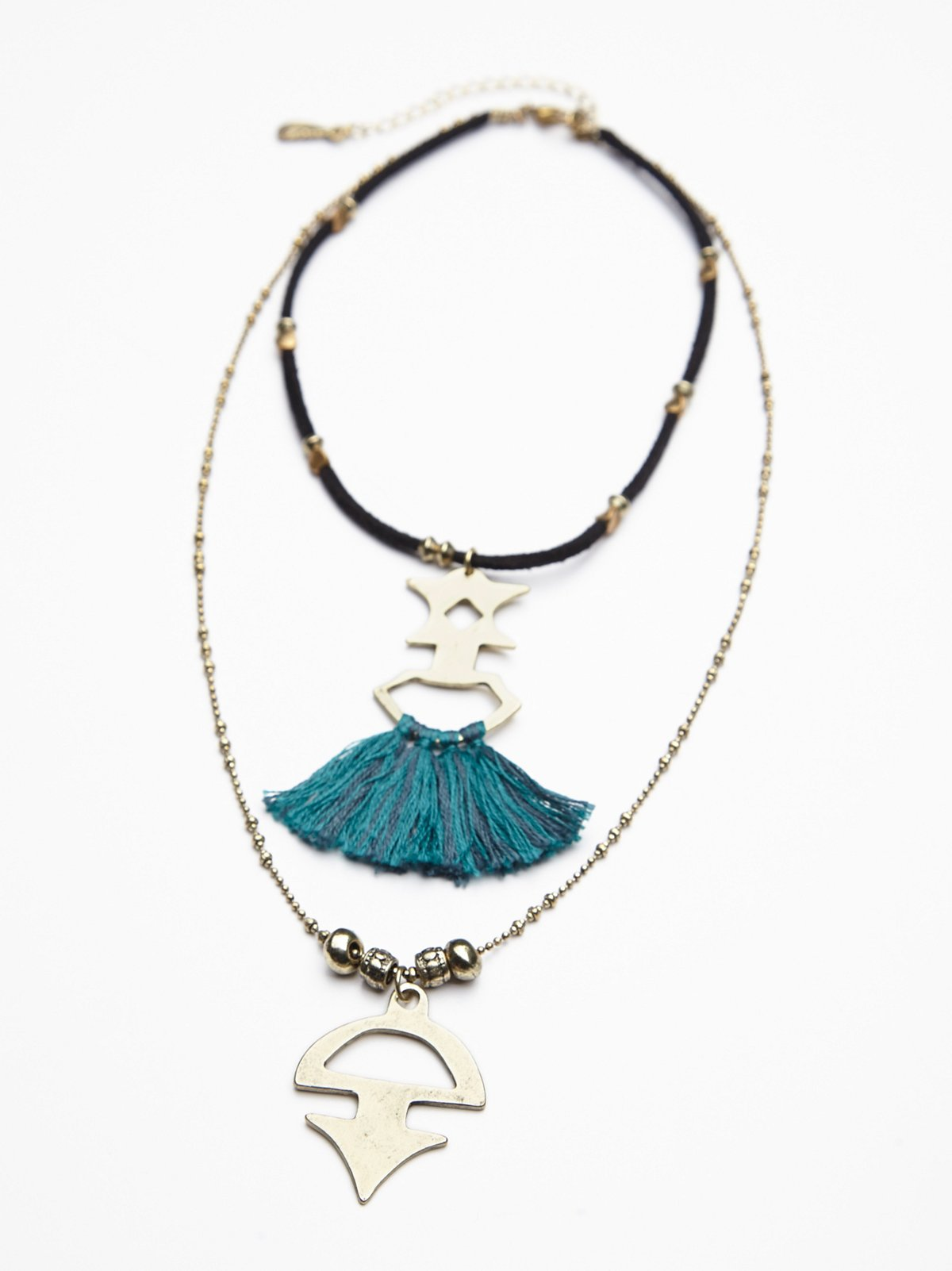 Threaded Tassel Short Necklace