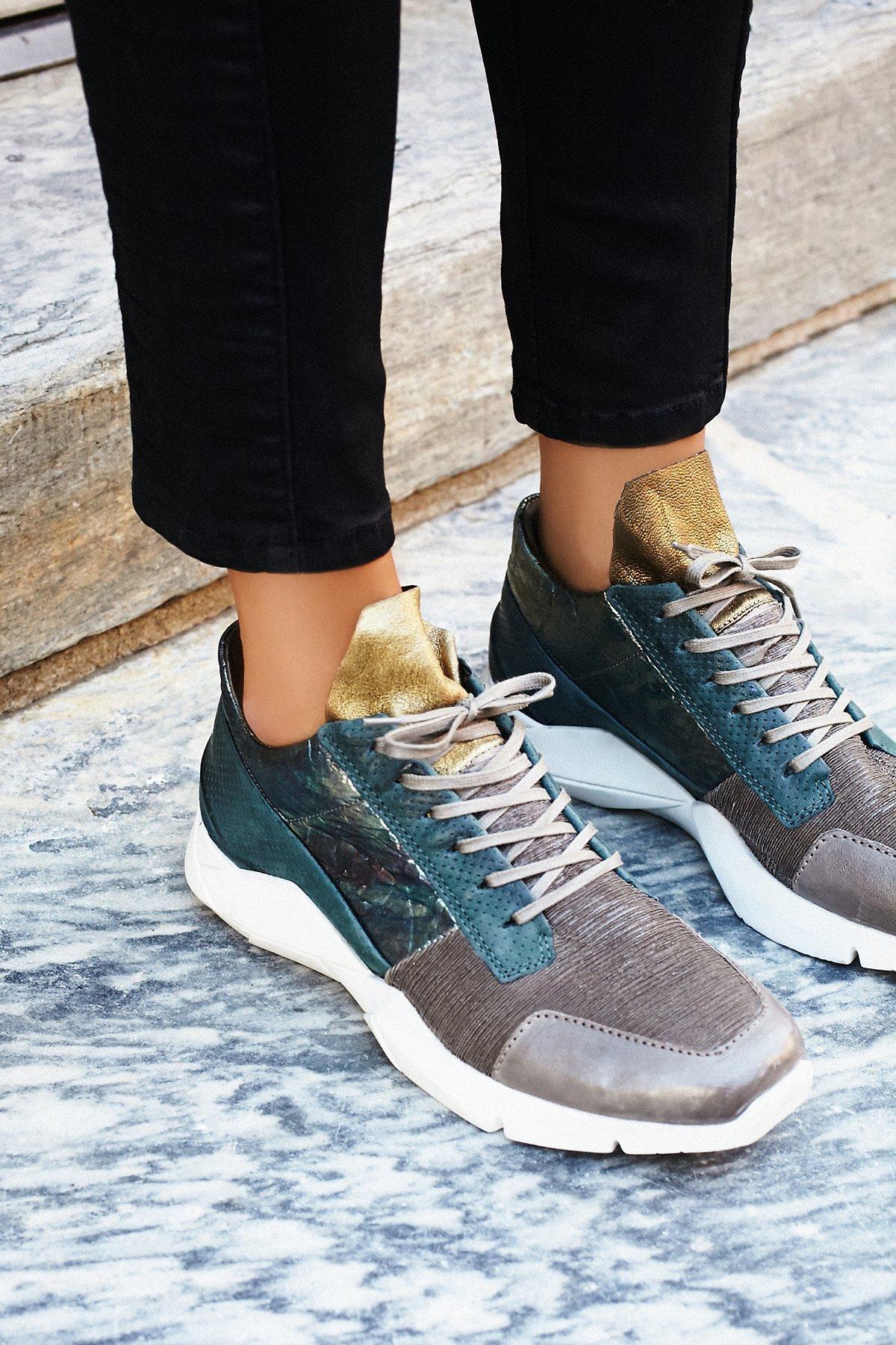 Silver-Throne运动鞋