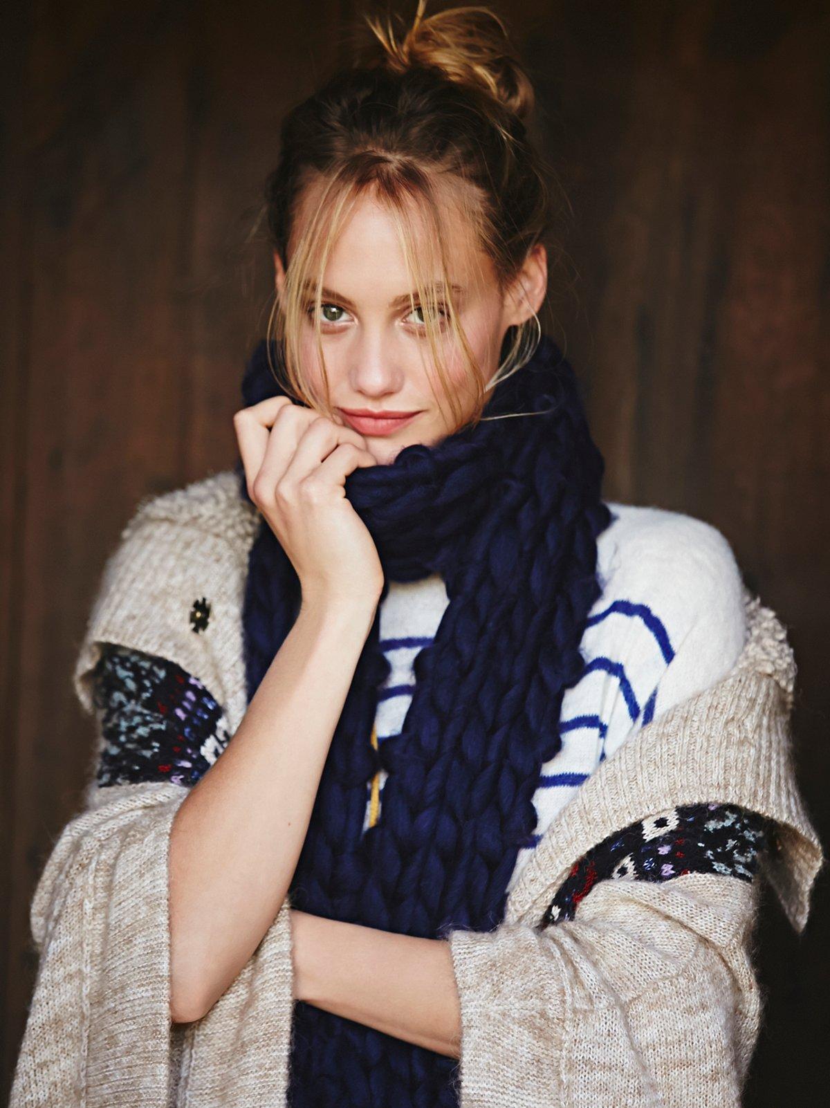 Maggie Maye Chunky Knit Scarf