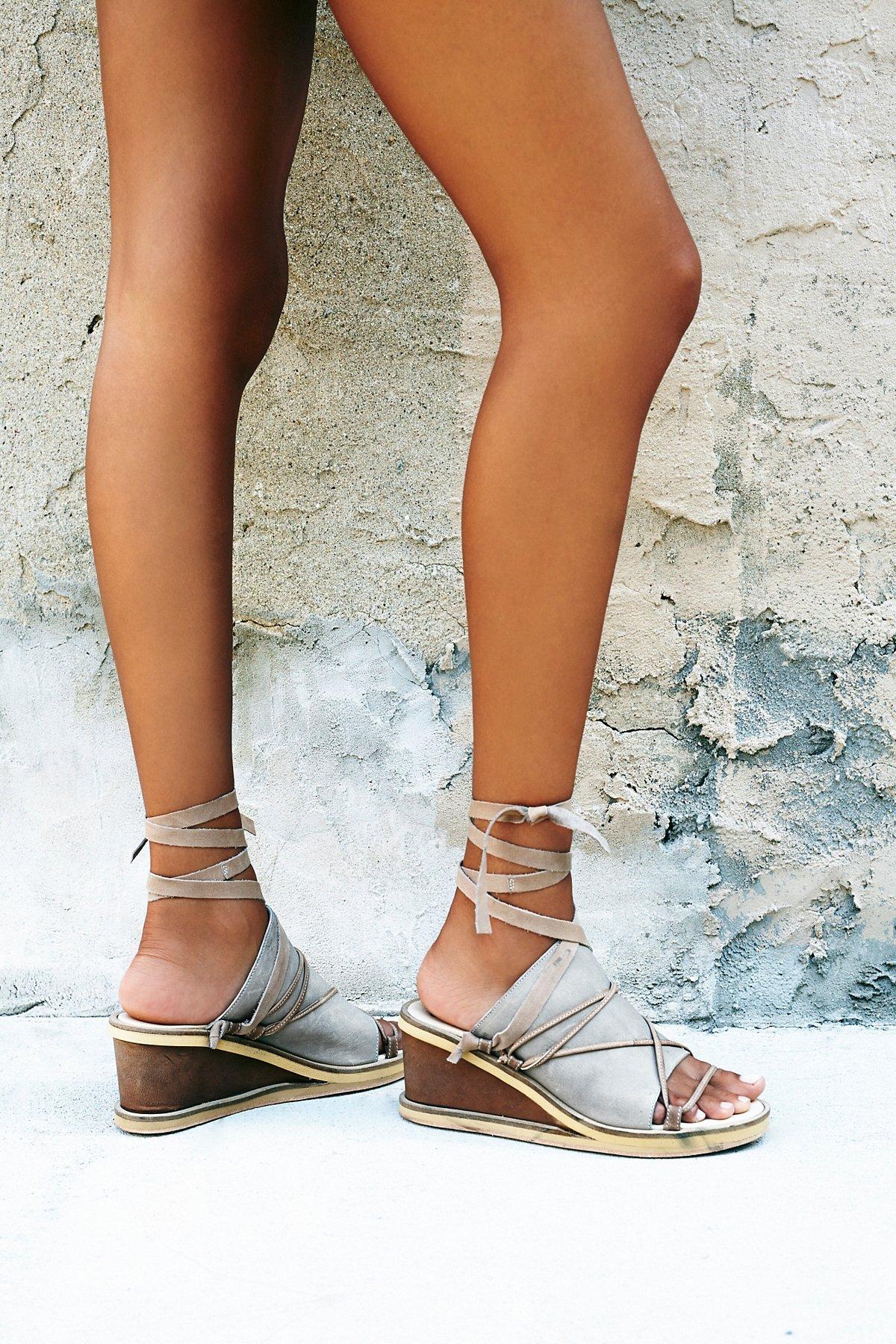 Bowery坡跟鞋
