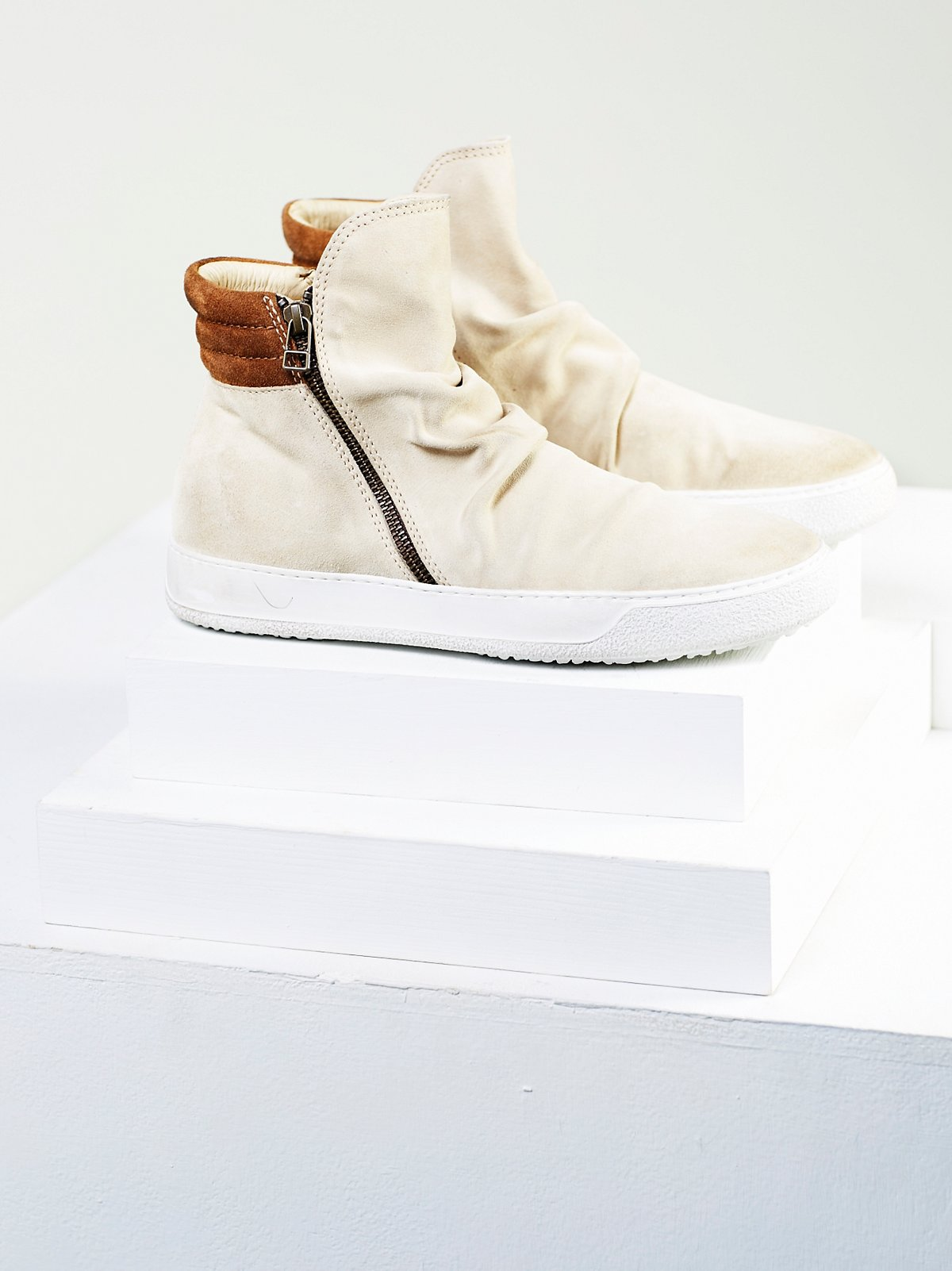Whistler Hi Top Sneaker