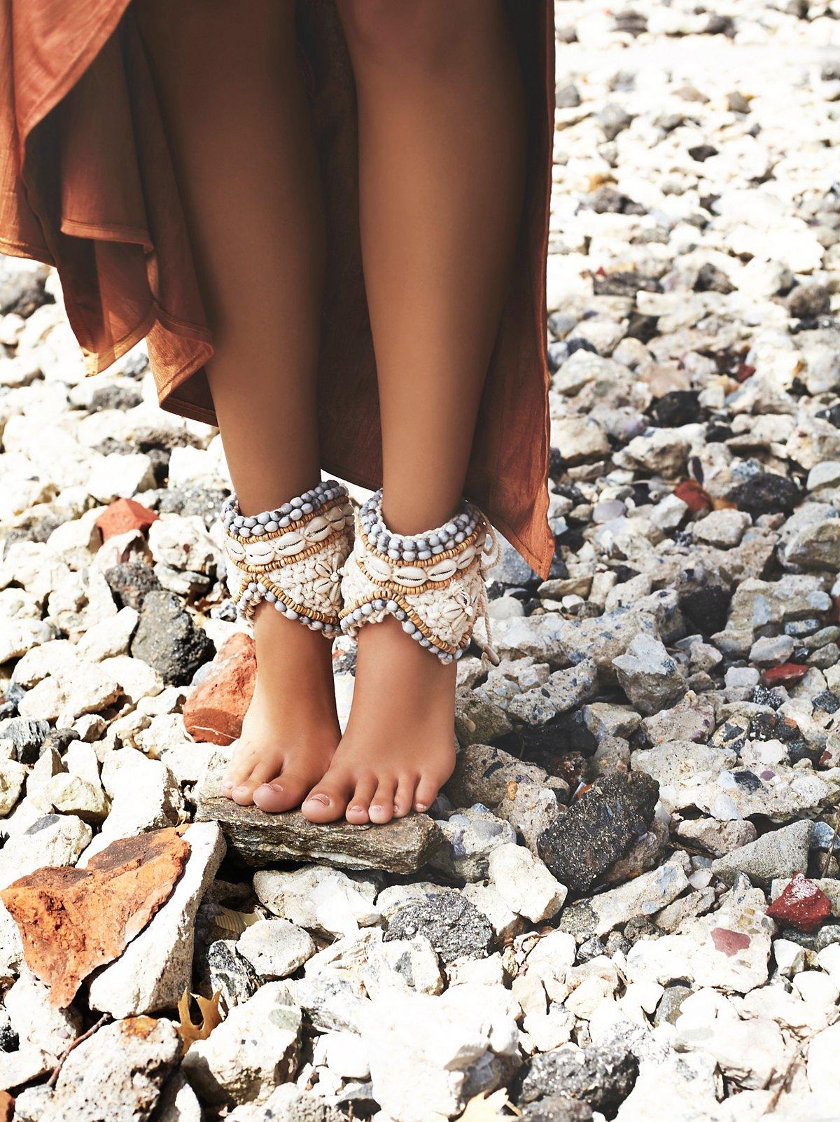 Gwyneth Ankle Cuffs