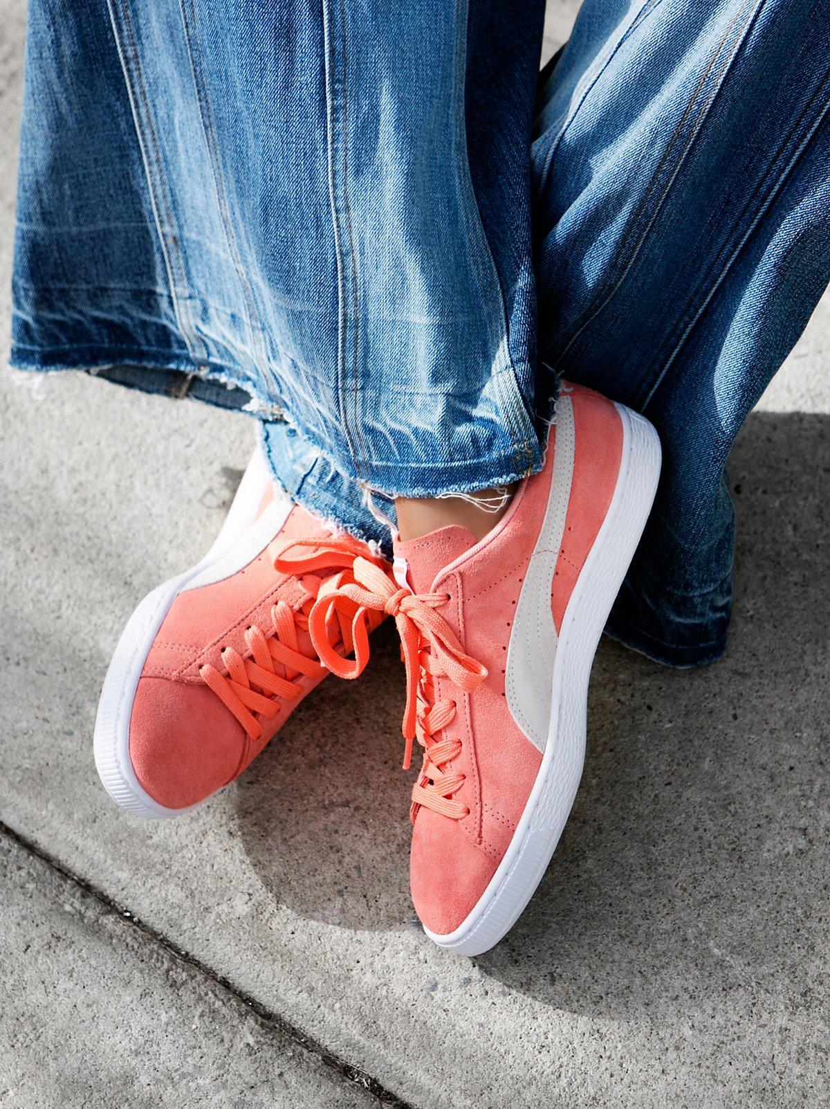 绒面革经典运动鞋