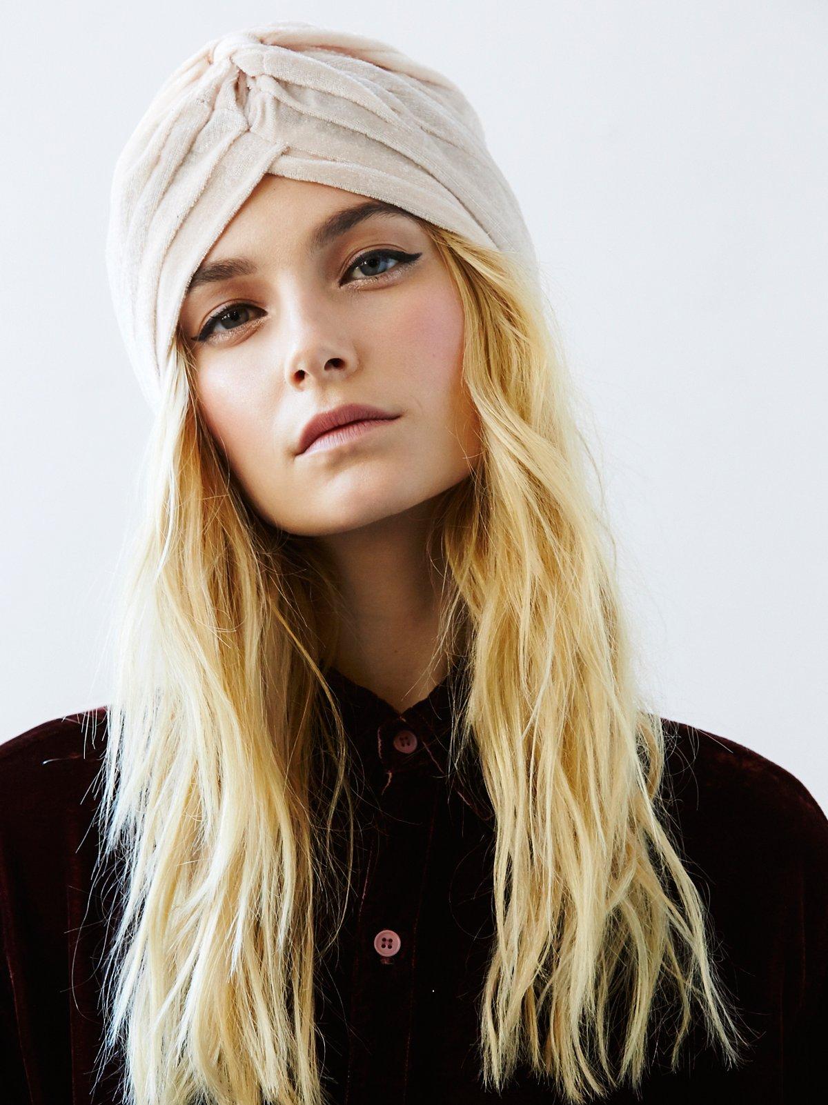 Mary Jane天鹅绒头巾