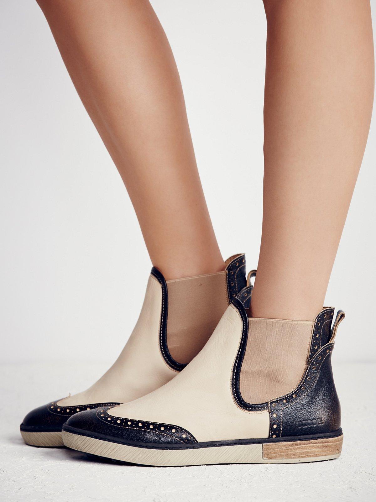 Romey Chelsea Sneaker