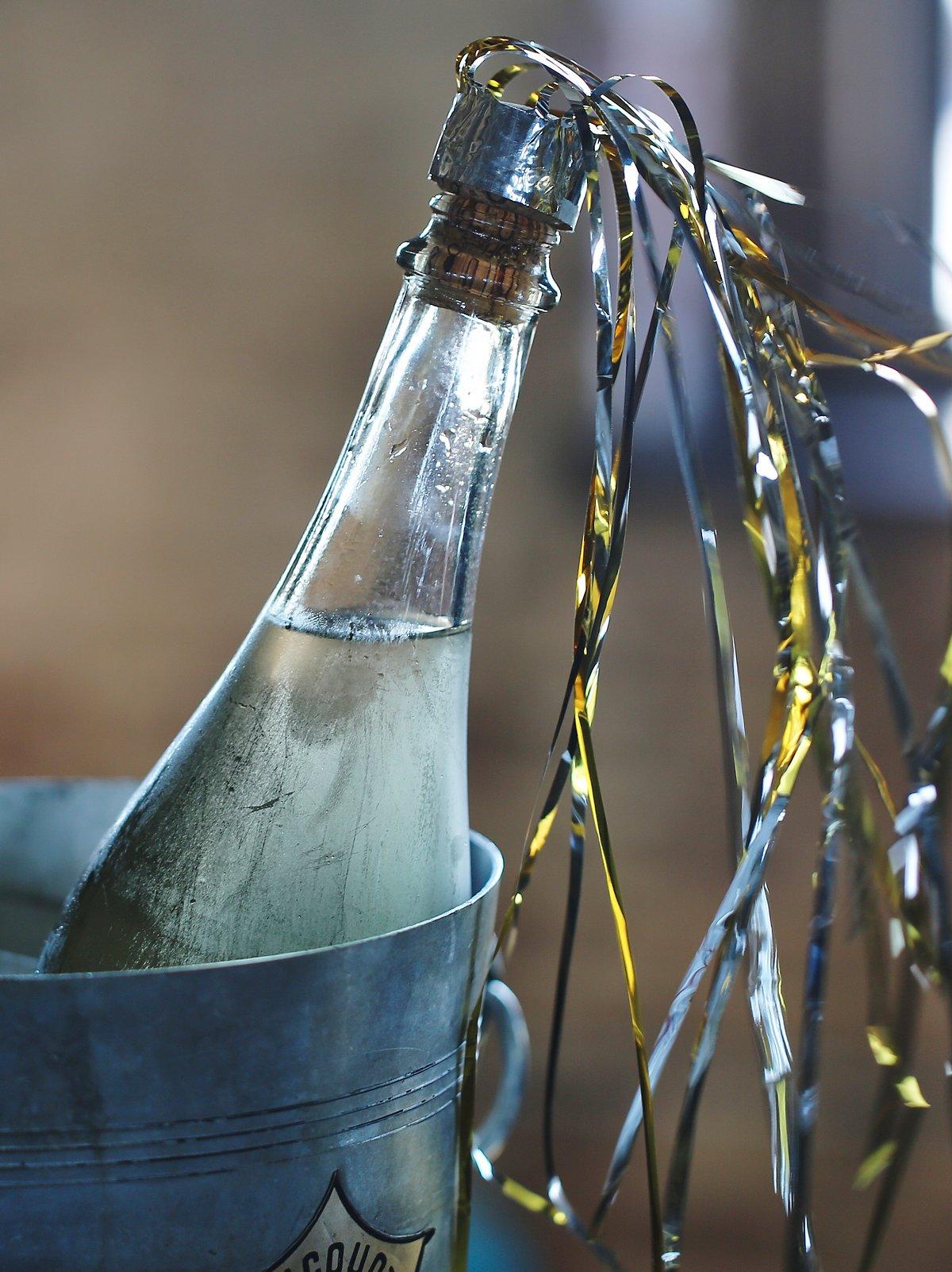 Champagne Cork Comet