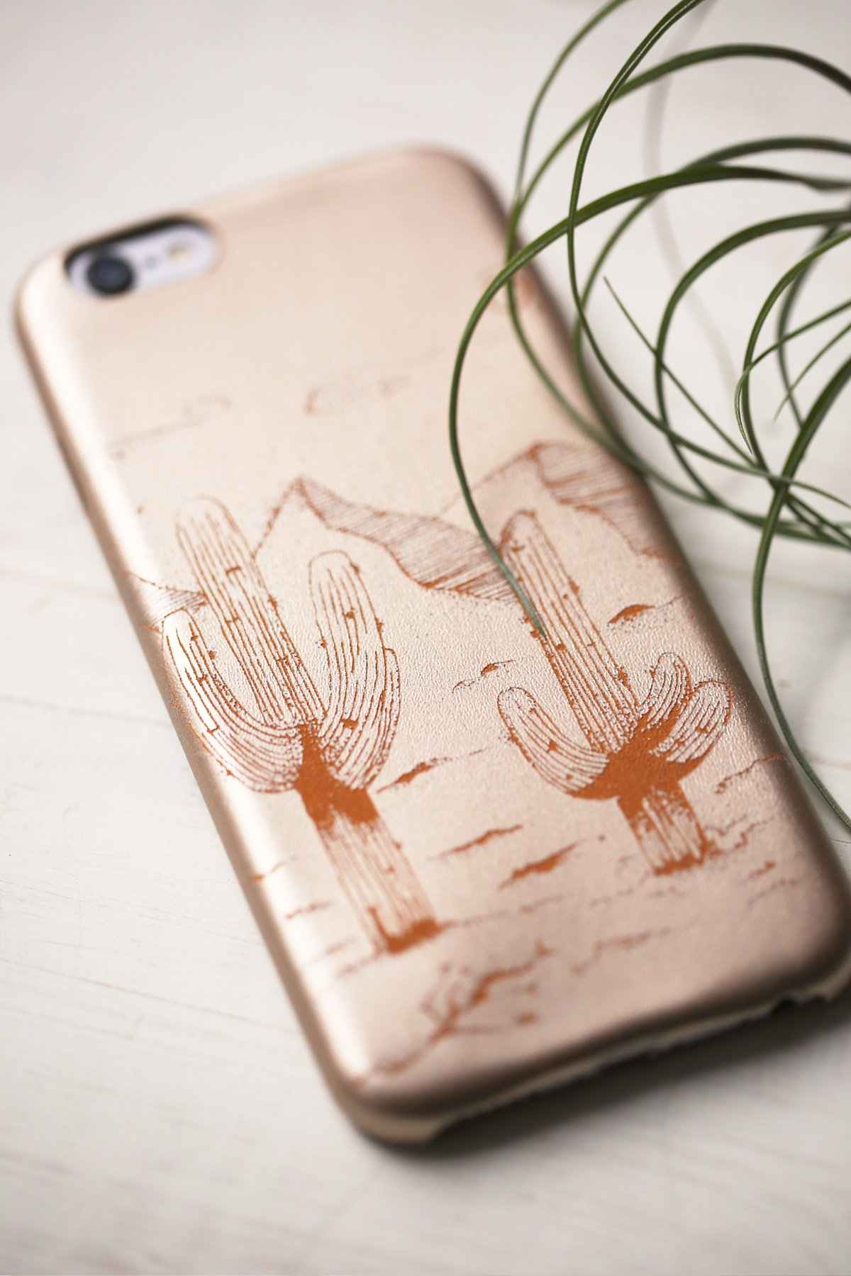 Desert iPhone皮套