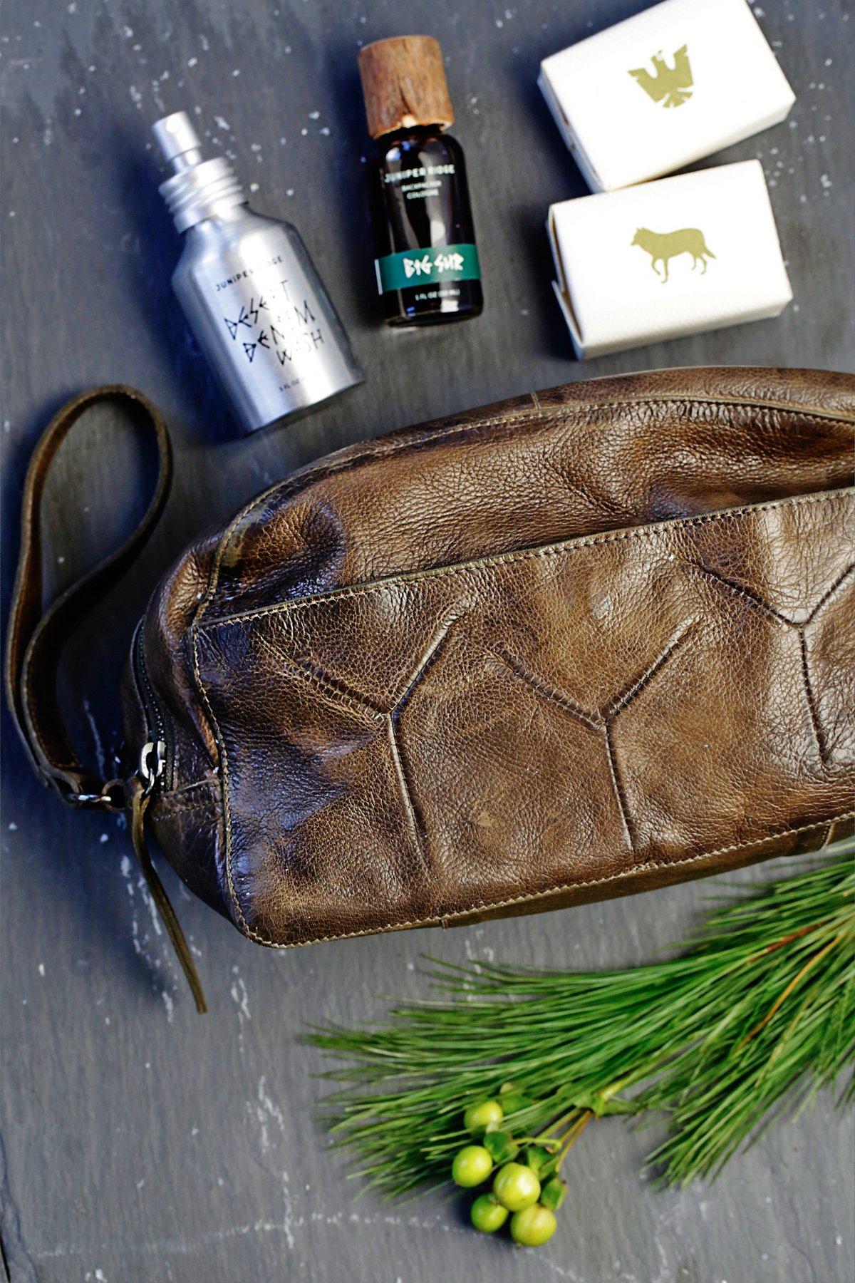 Vera Leather Toiletry Bag