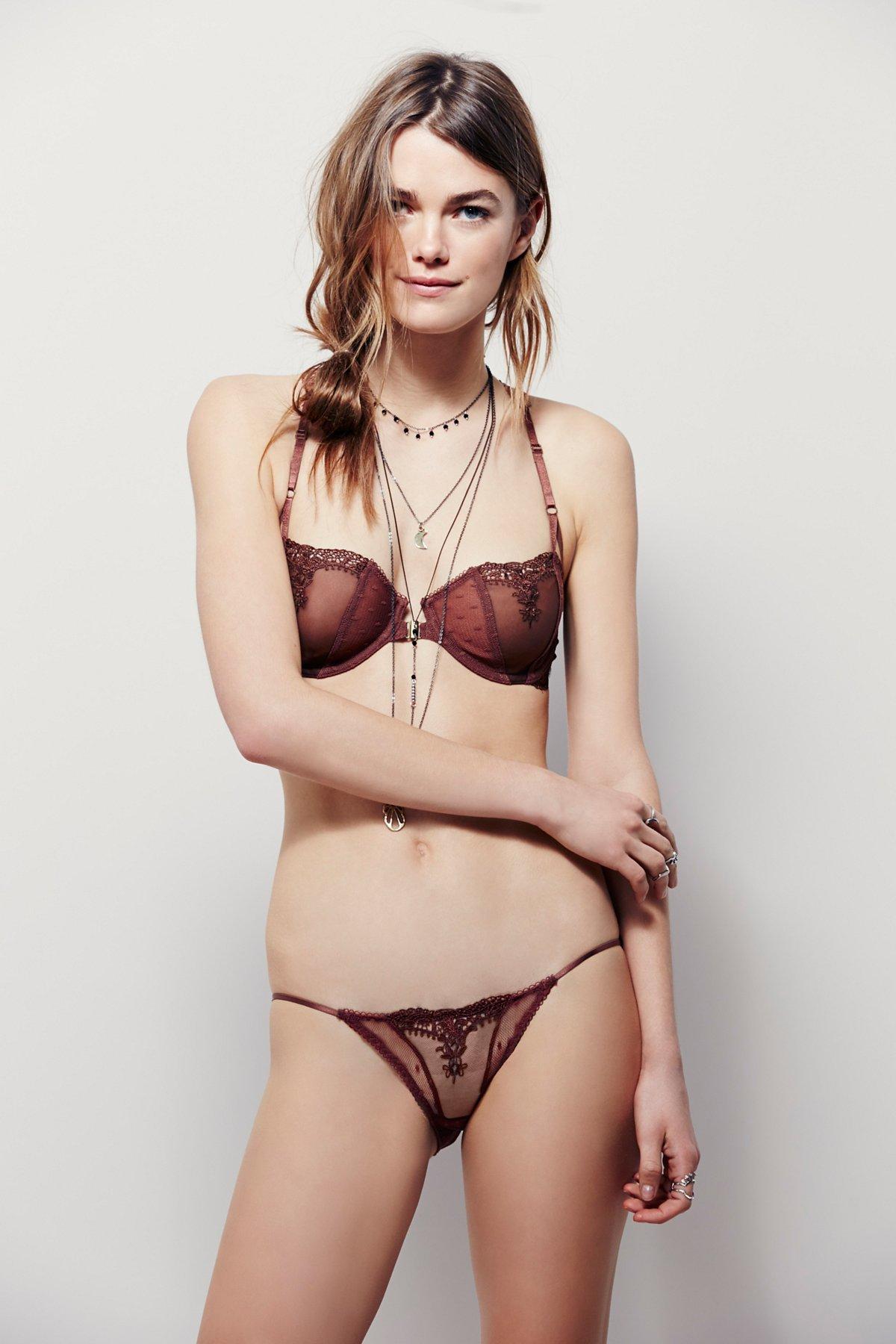 Fancy Back String Bikini