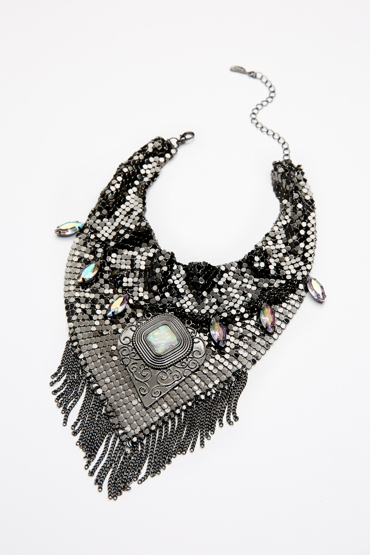 Grace Chainmail Collar