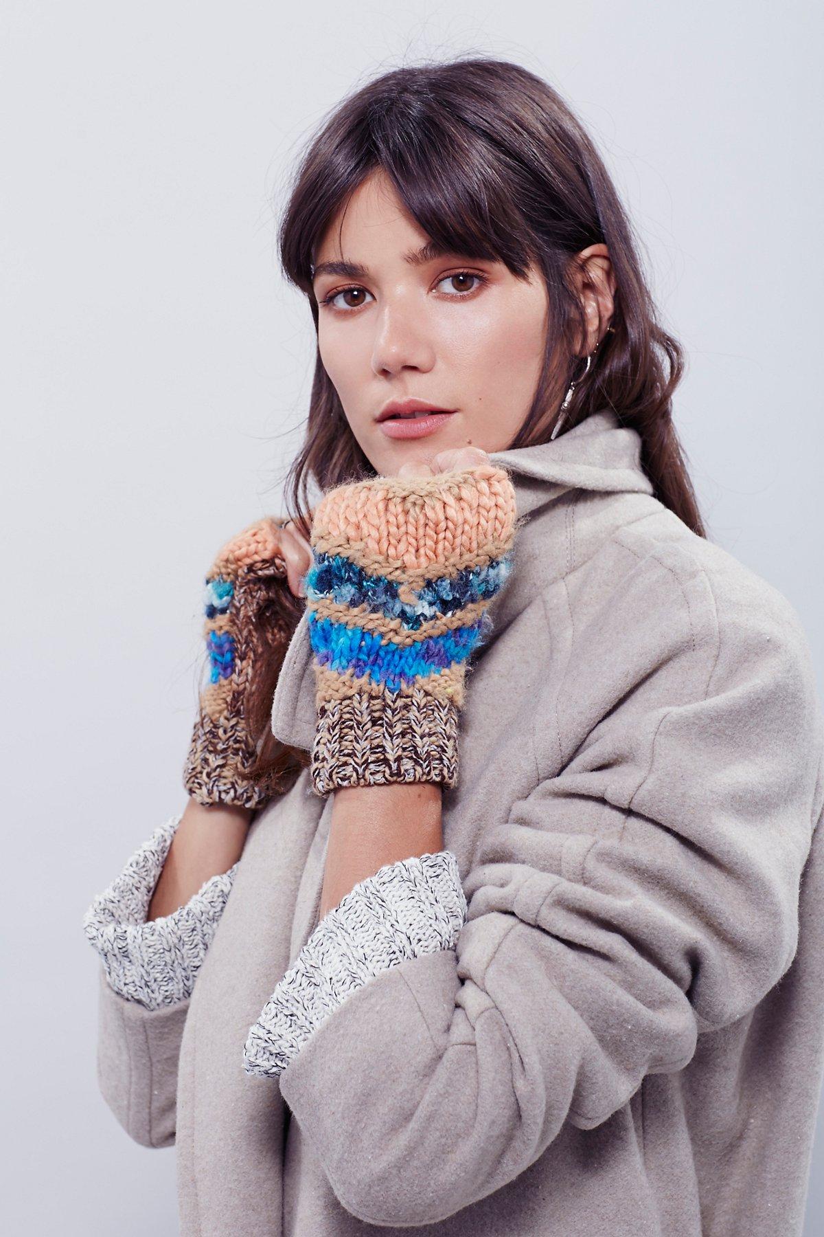 Daybreak Knit Hand Warmer