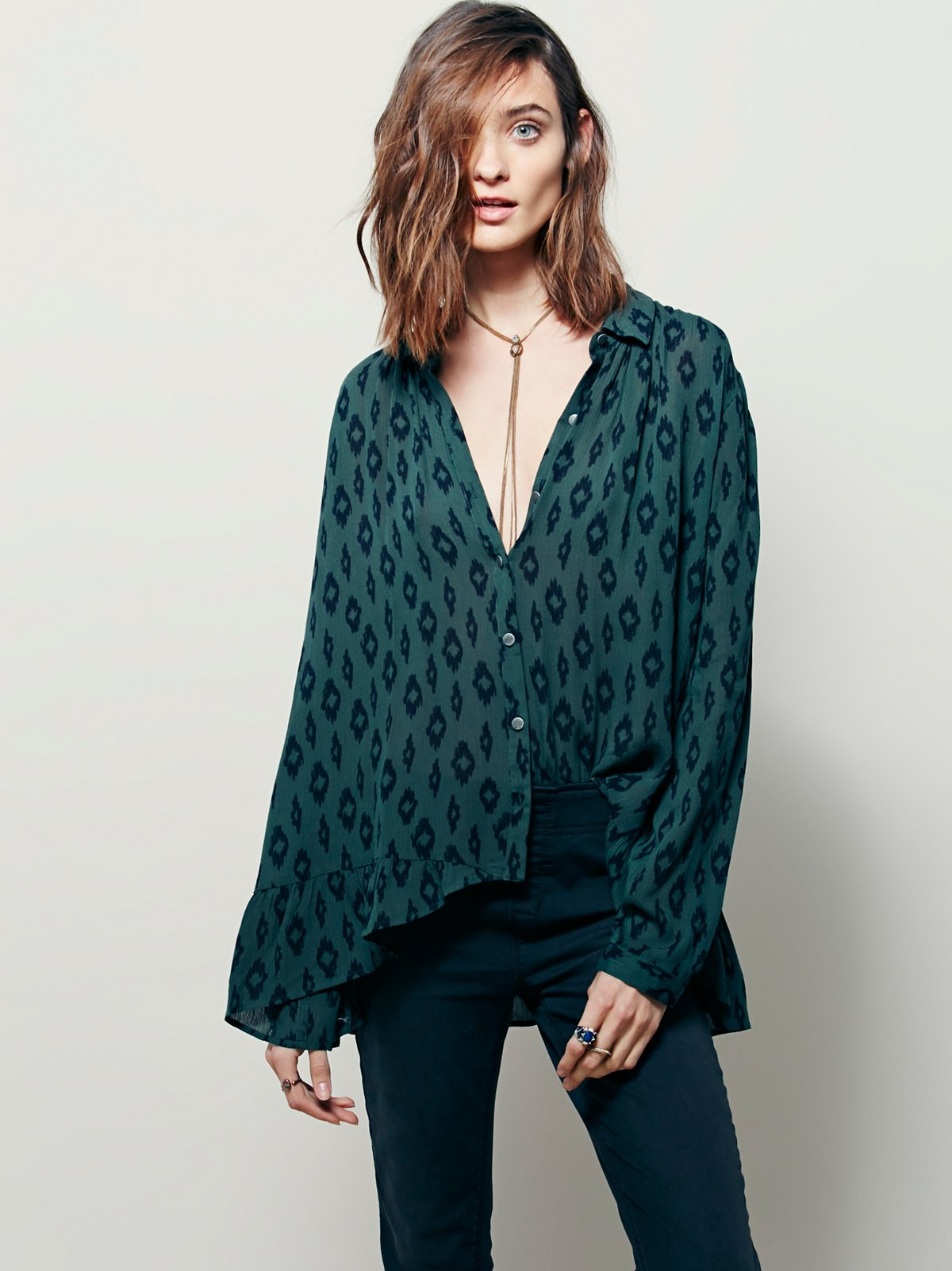 Geo Printed Ruffle Hem Buttondown