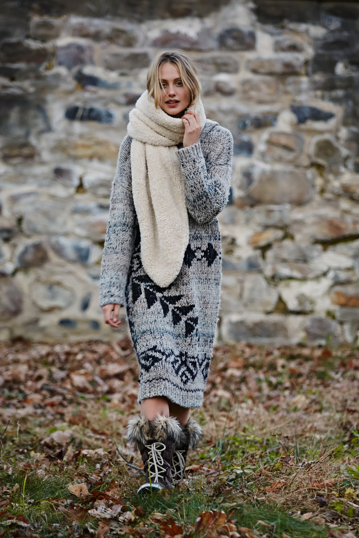 Exploded Snowflake Hooded Sweater