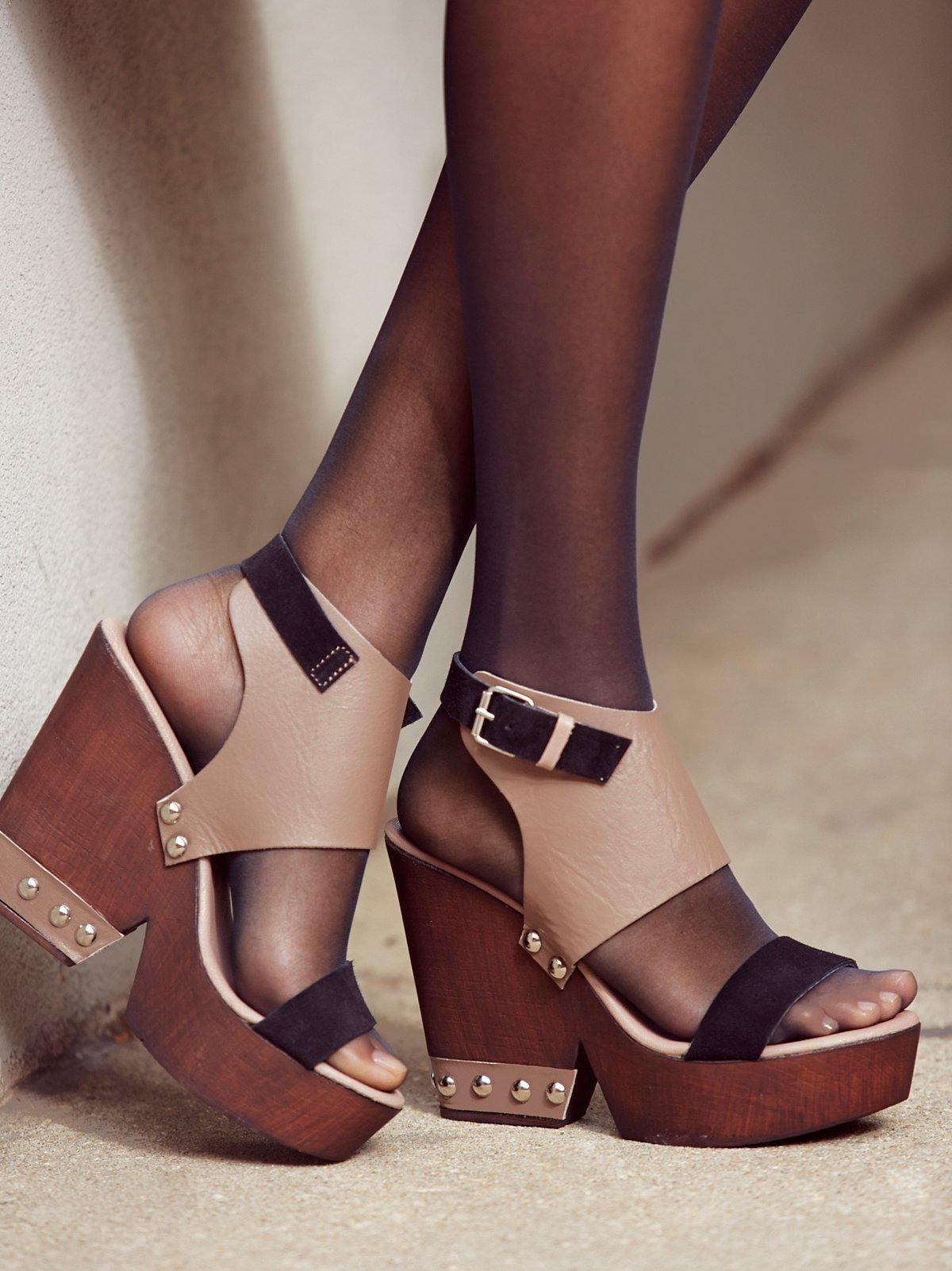 Adelaide木底鞋