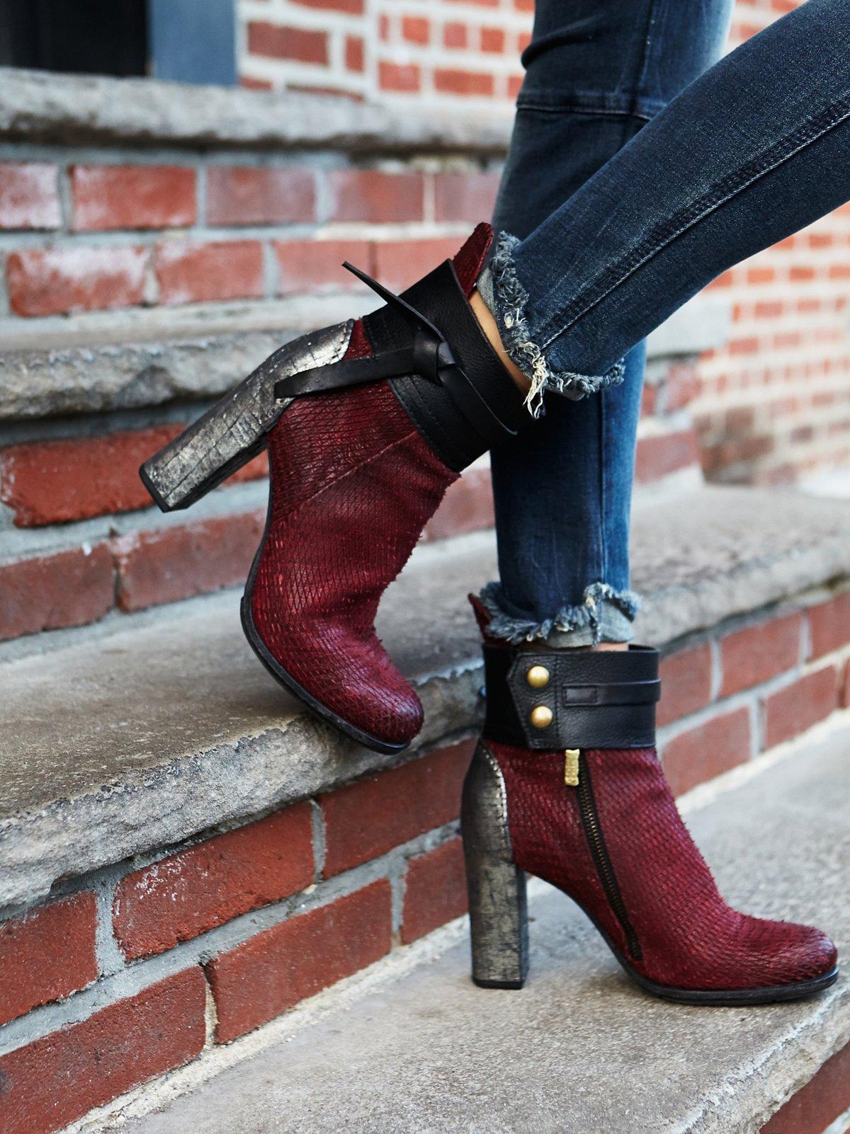 Amaranto高跟靴