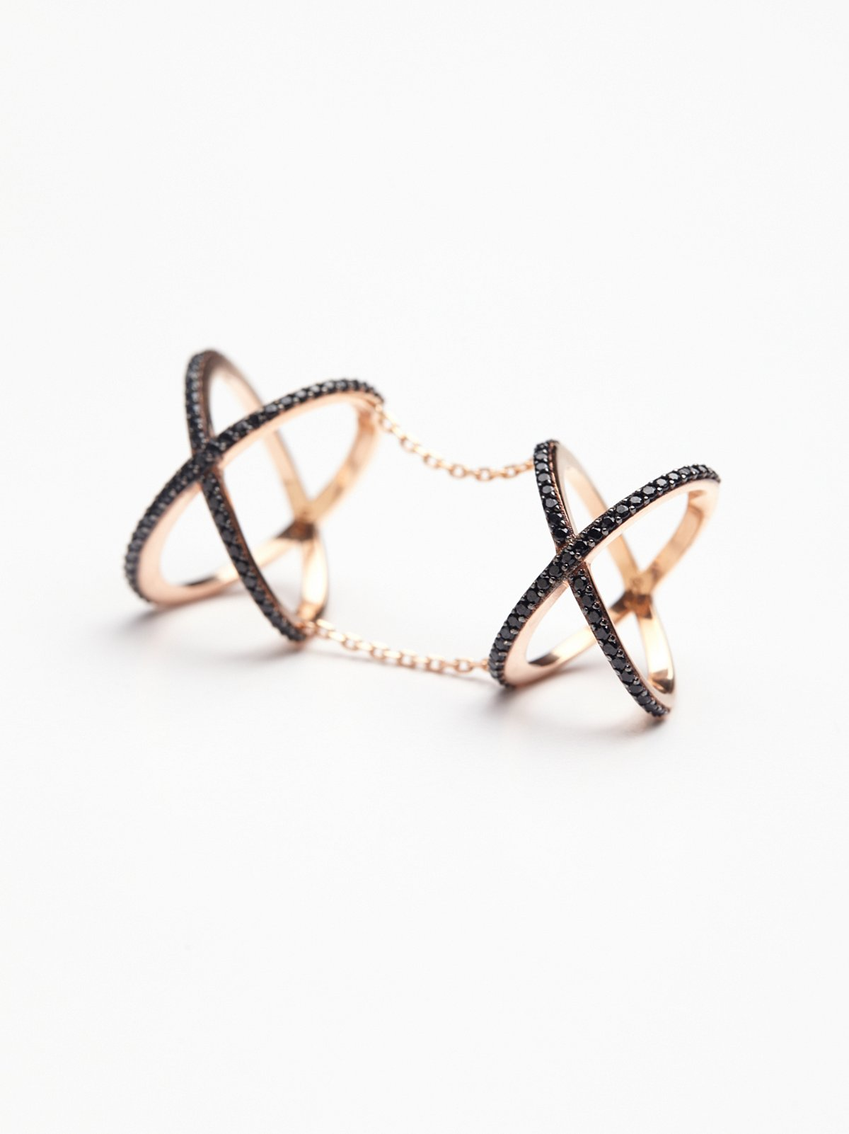 Double Crossed Ring