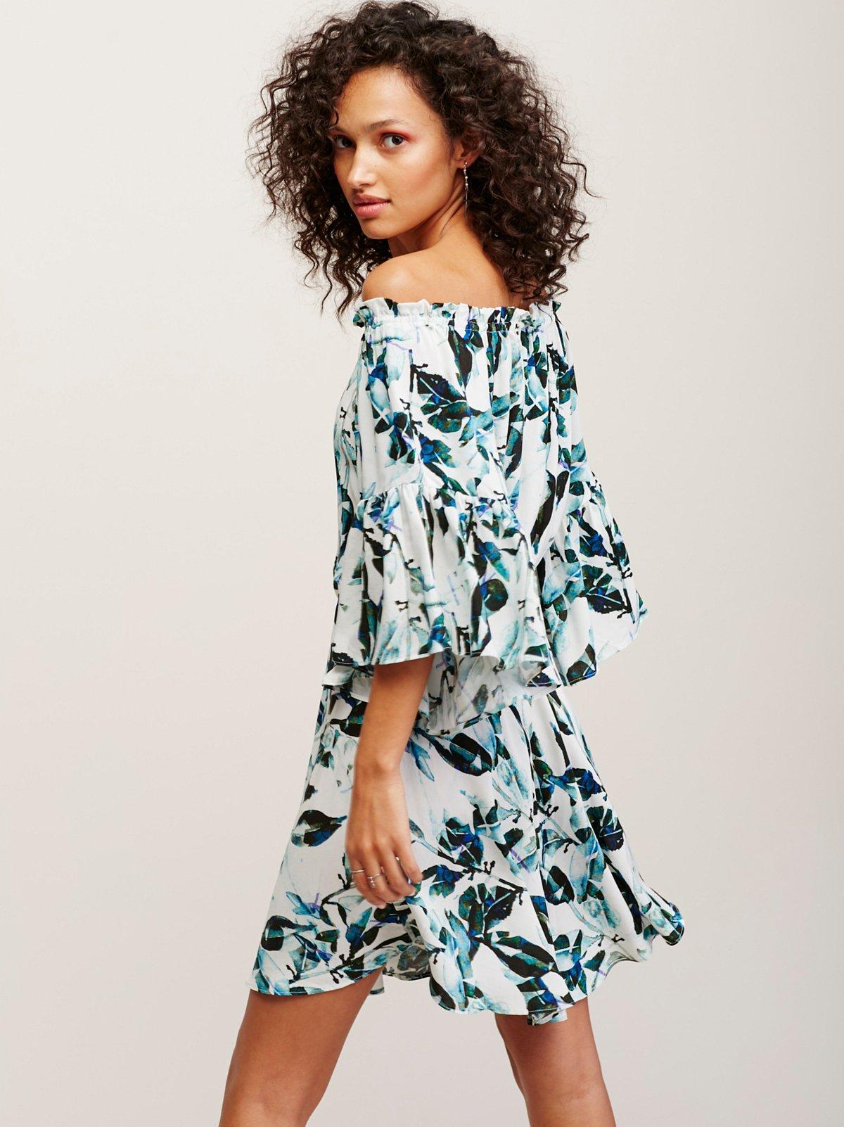 Alexandra连衣裙
