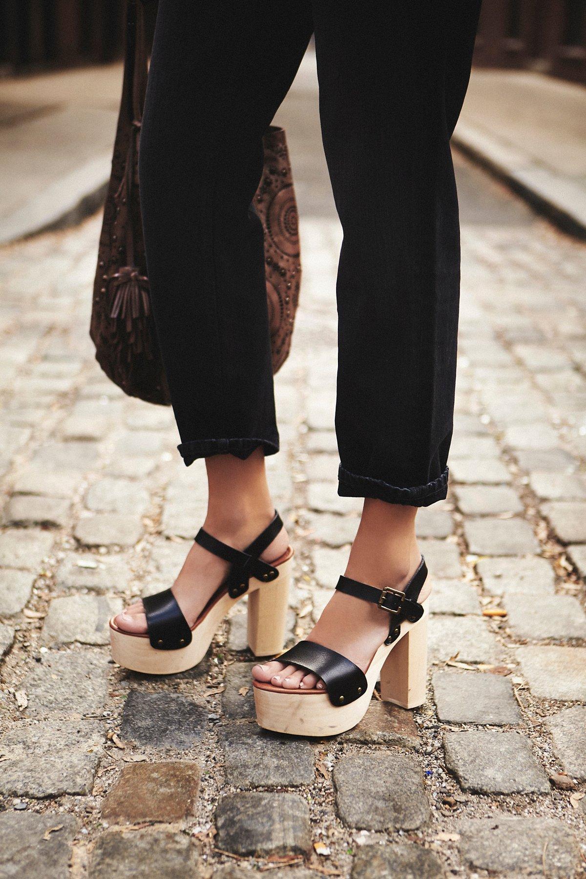 Milena仿皮厚木底鞋