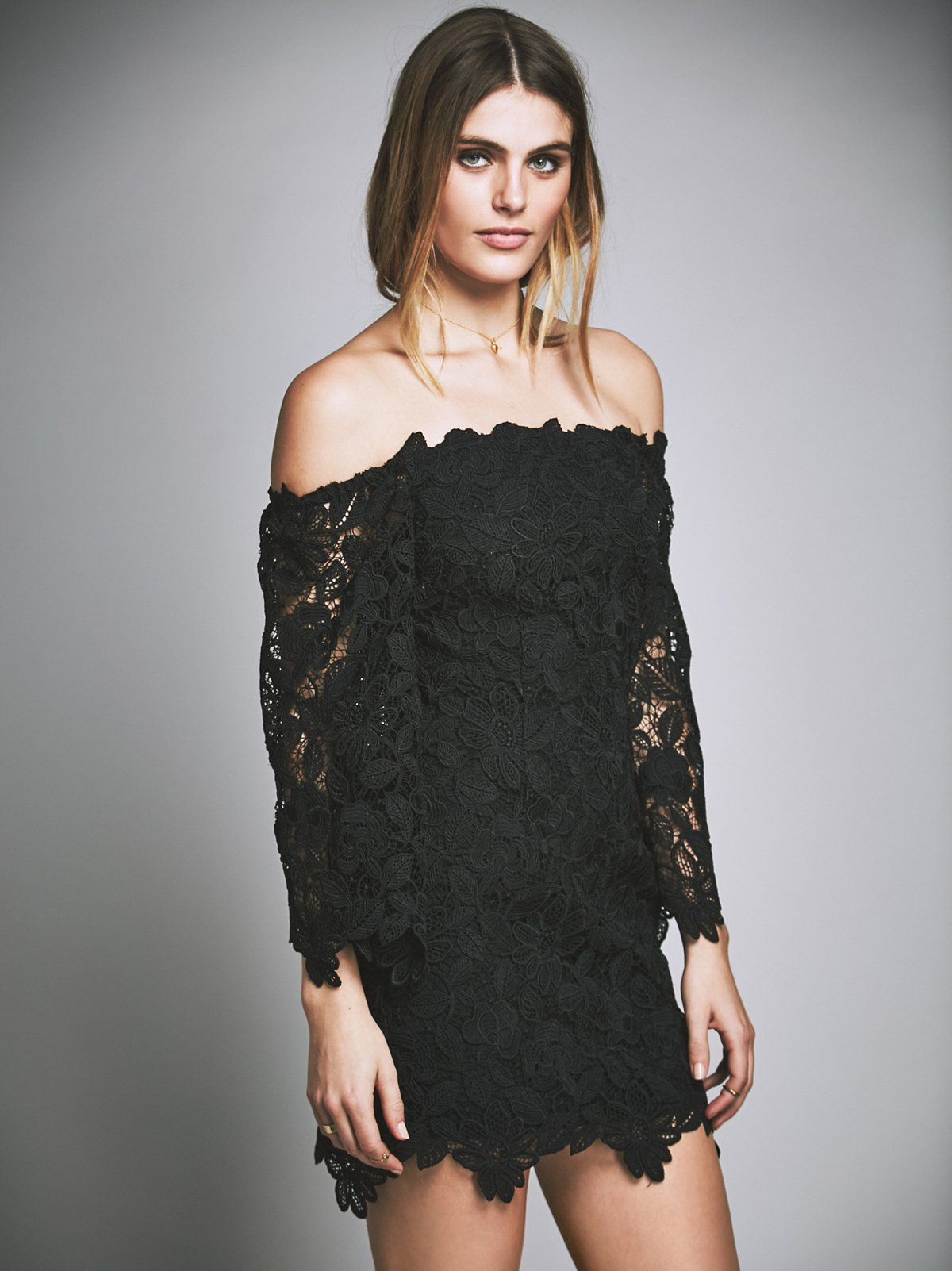 Dusk Lace Party Dress