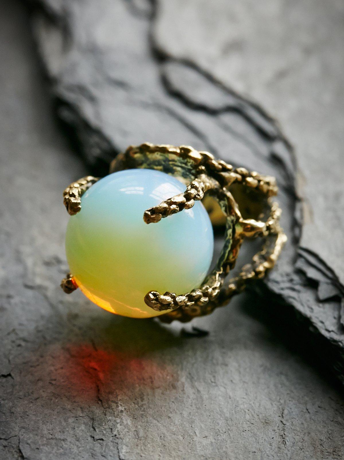 猫眼石球形戒指