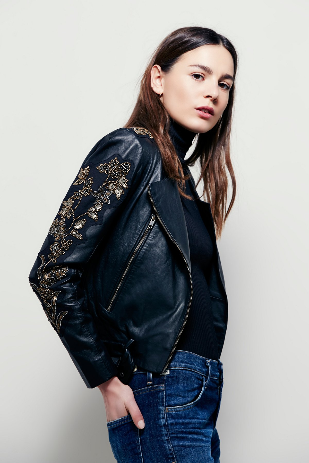 Doma Embroidered Cropped Jacket