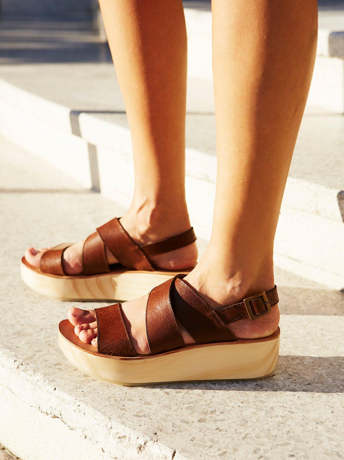 Sun Dried Flatform Sandal