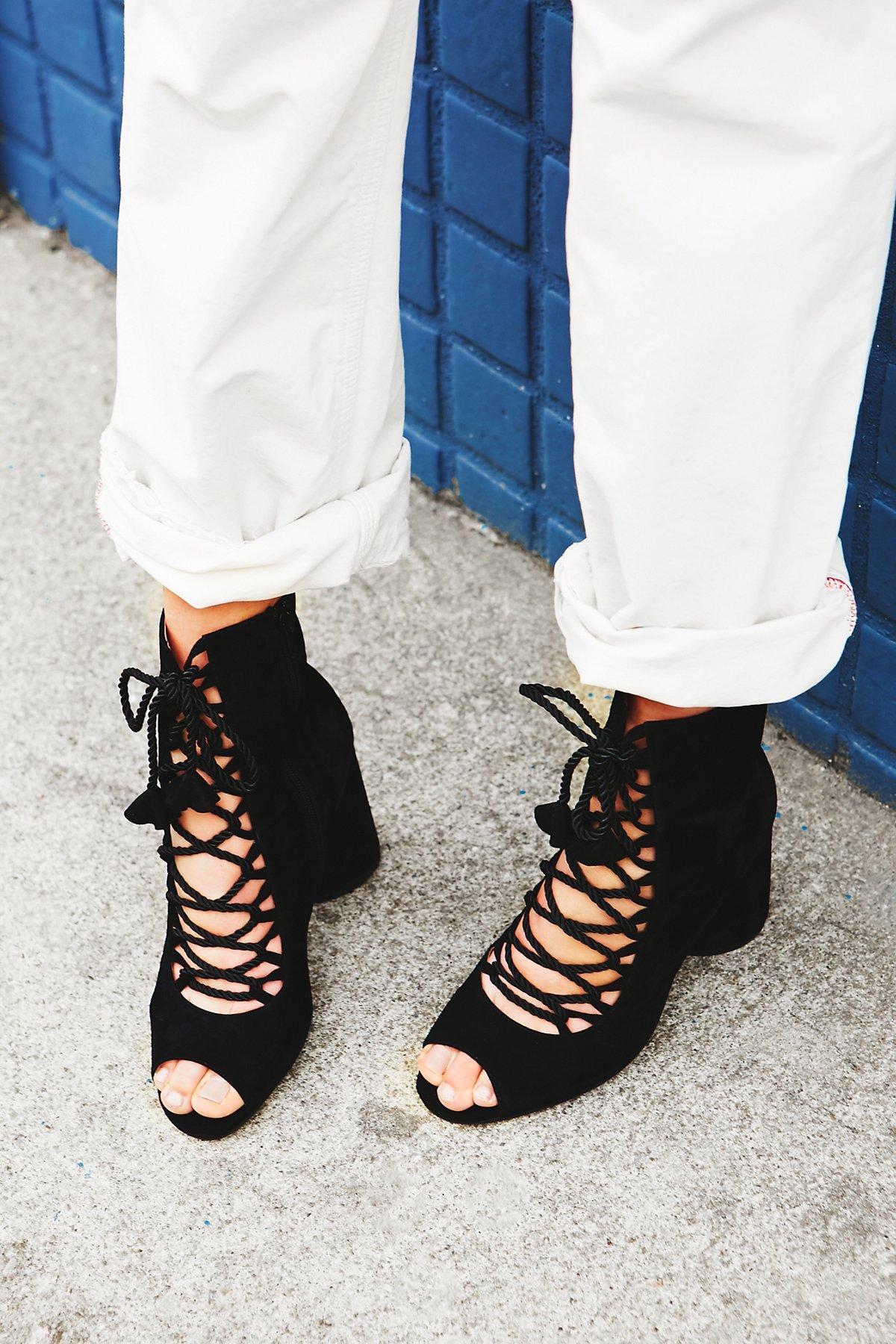Mini Mod Heel Boot