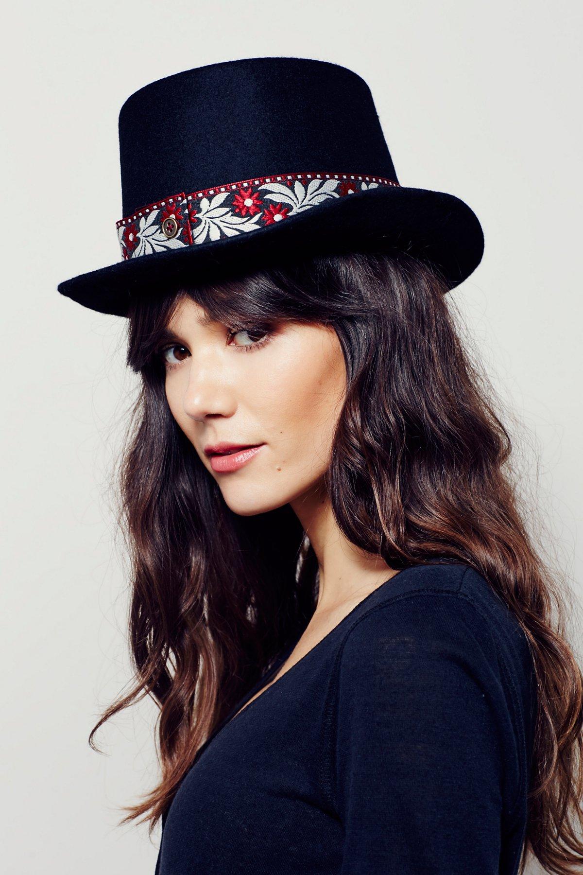 Mademoiselle平顶帽