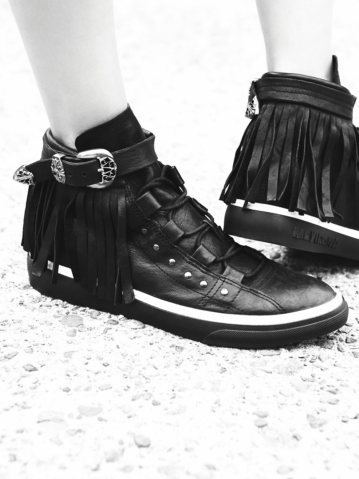 Short Stories Fringe Sneaker
