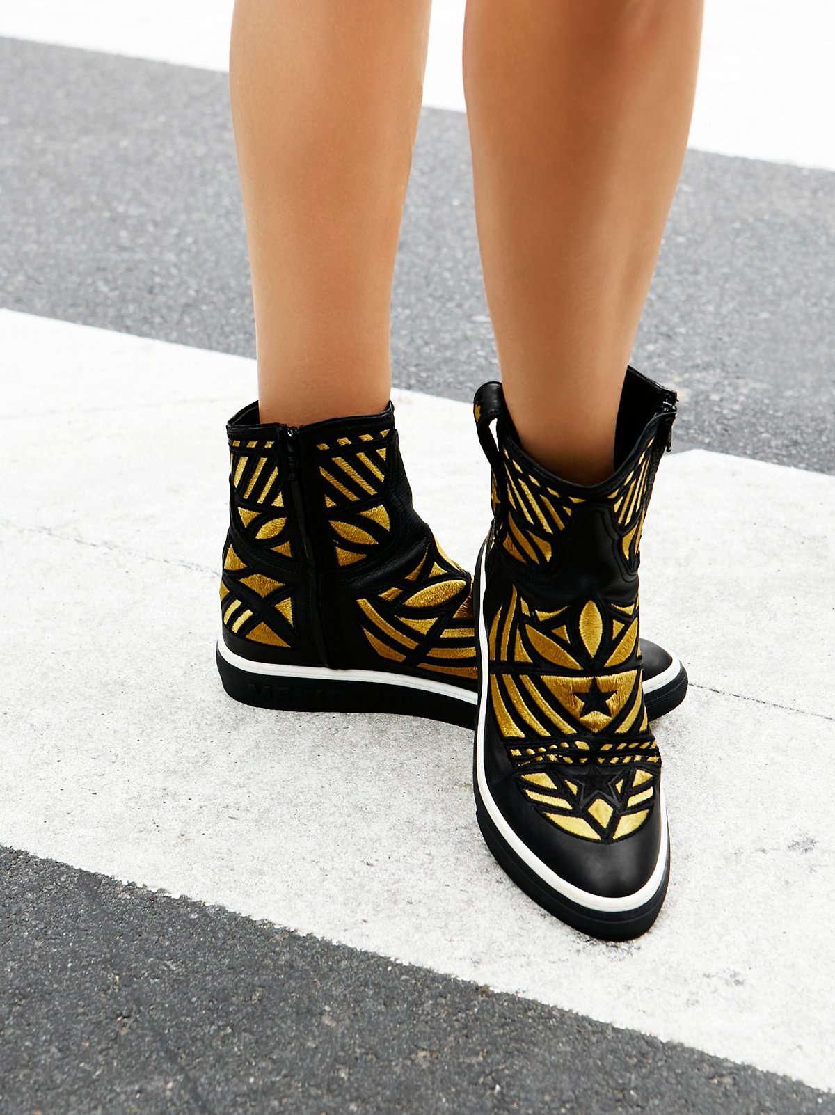 Directional Embroidered Sneaker