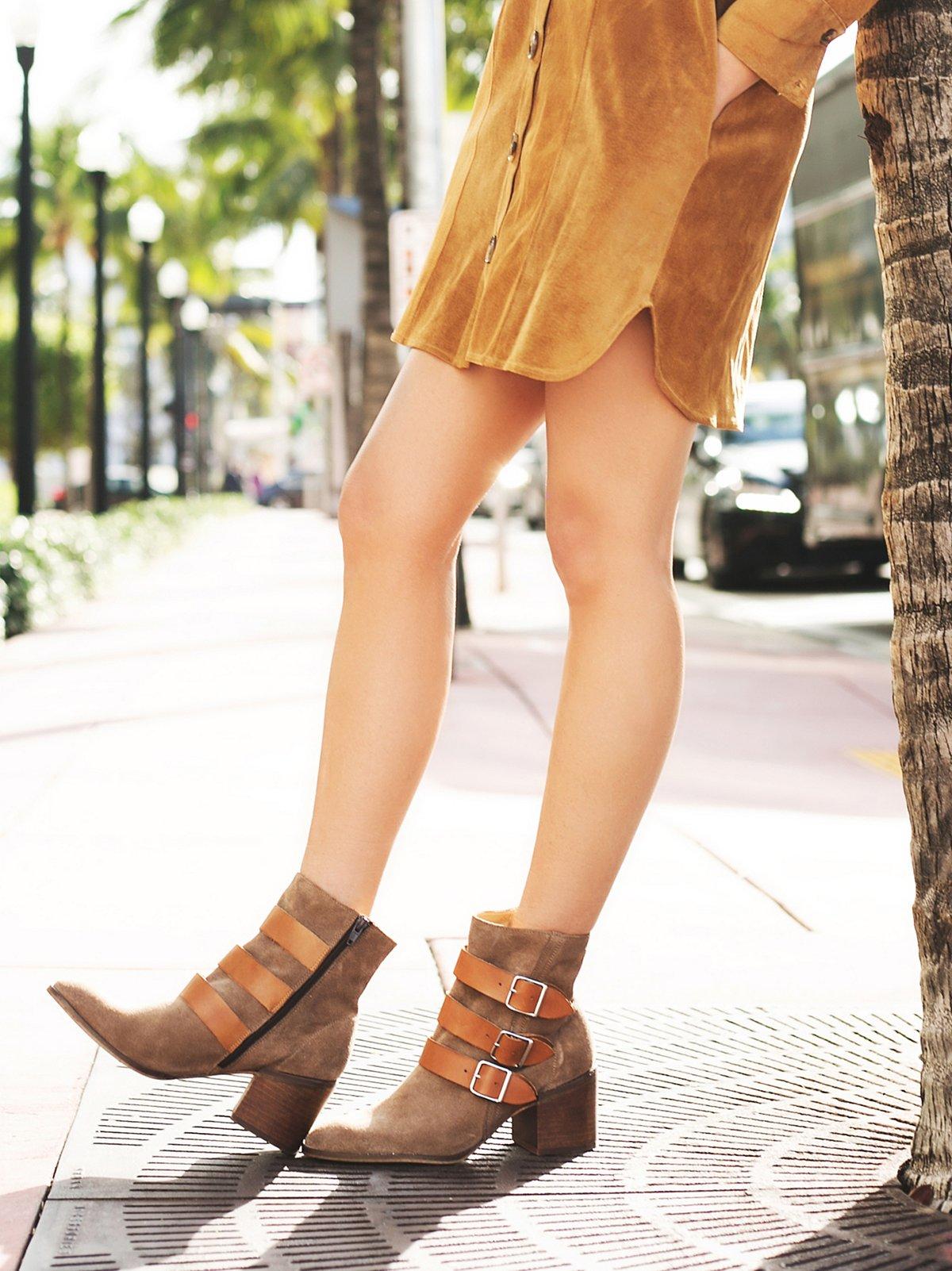 Galaway高跟靴