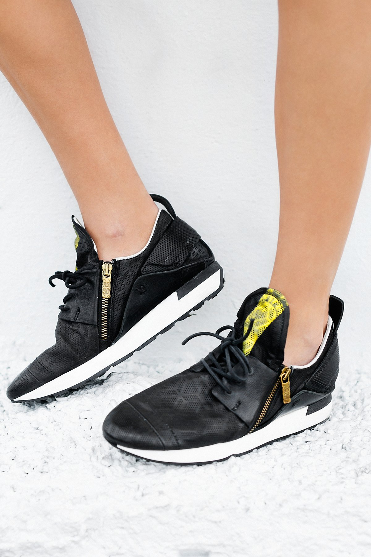 Asher Lace Up Sneaker