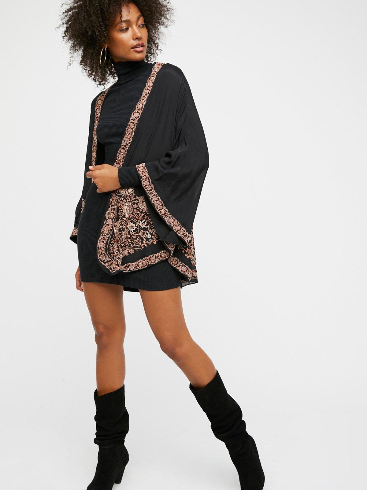 Bold Love Kimono