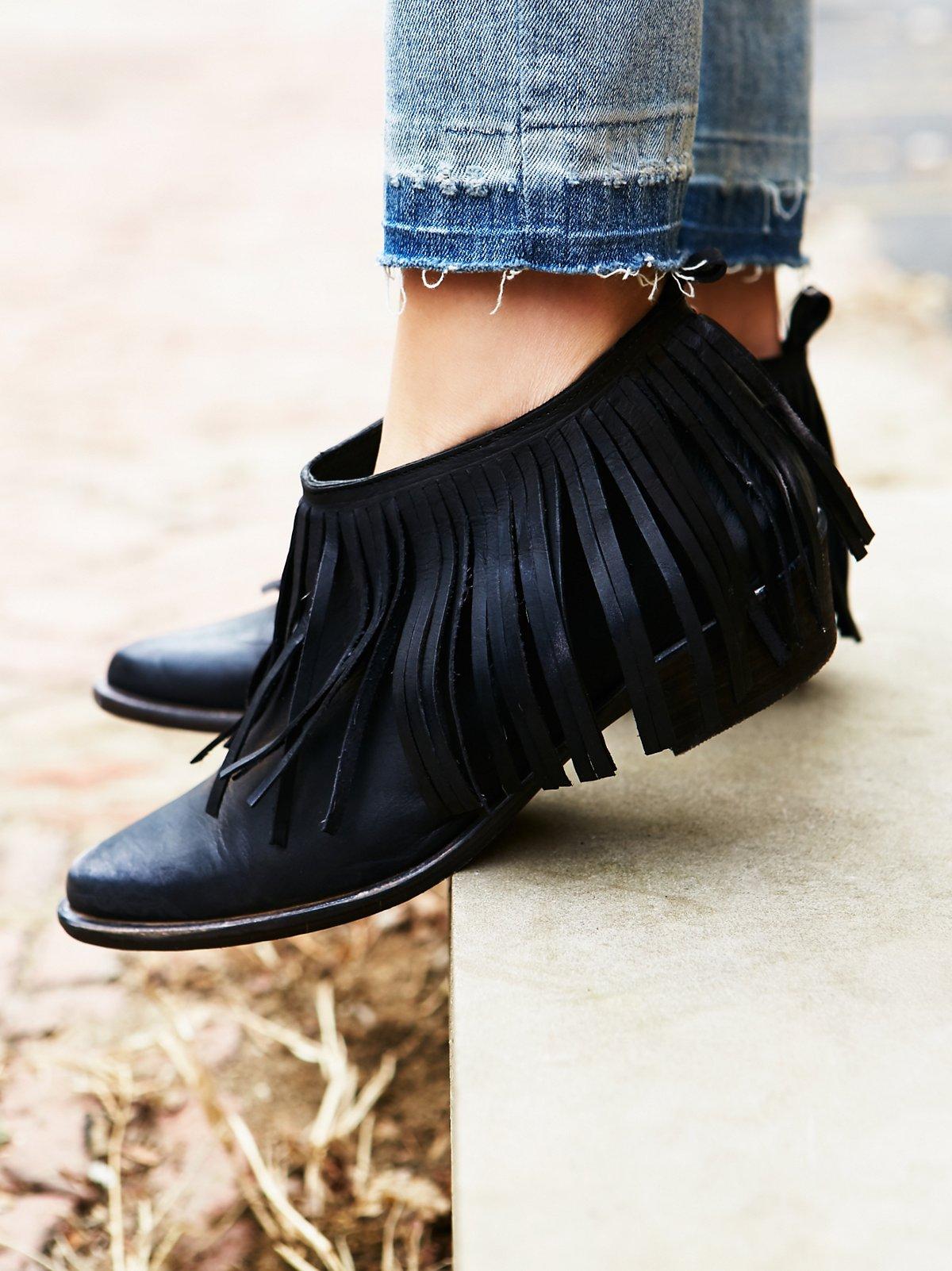 Wild Fire流苏靴
