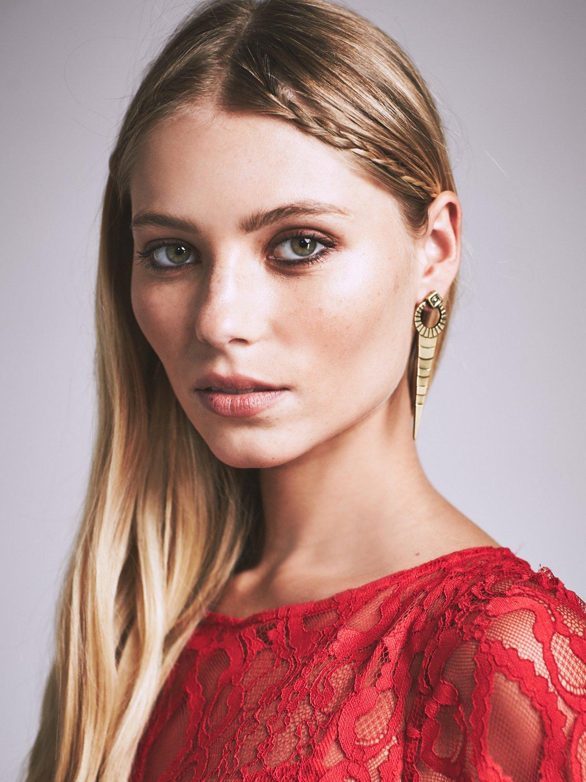 Cassia Dagger Earring