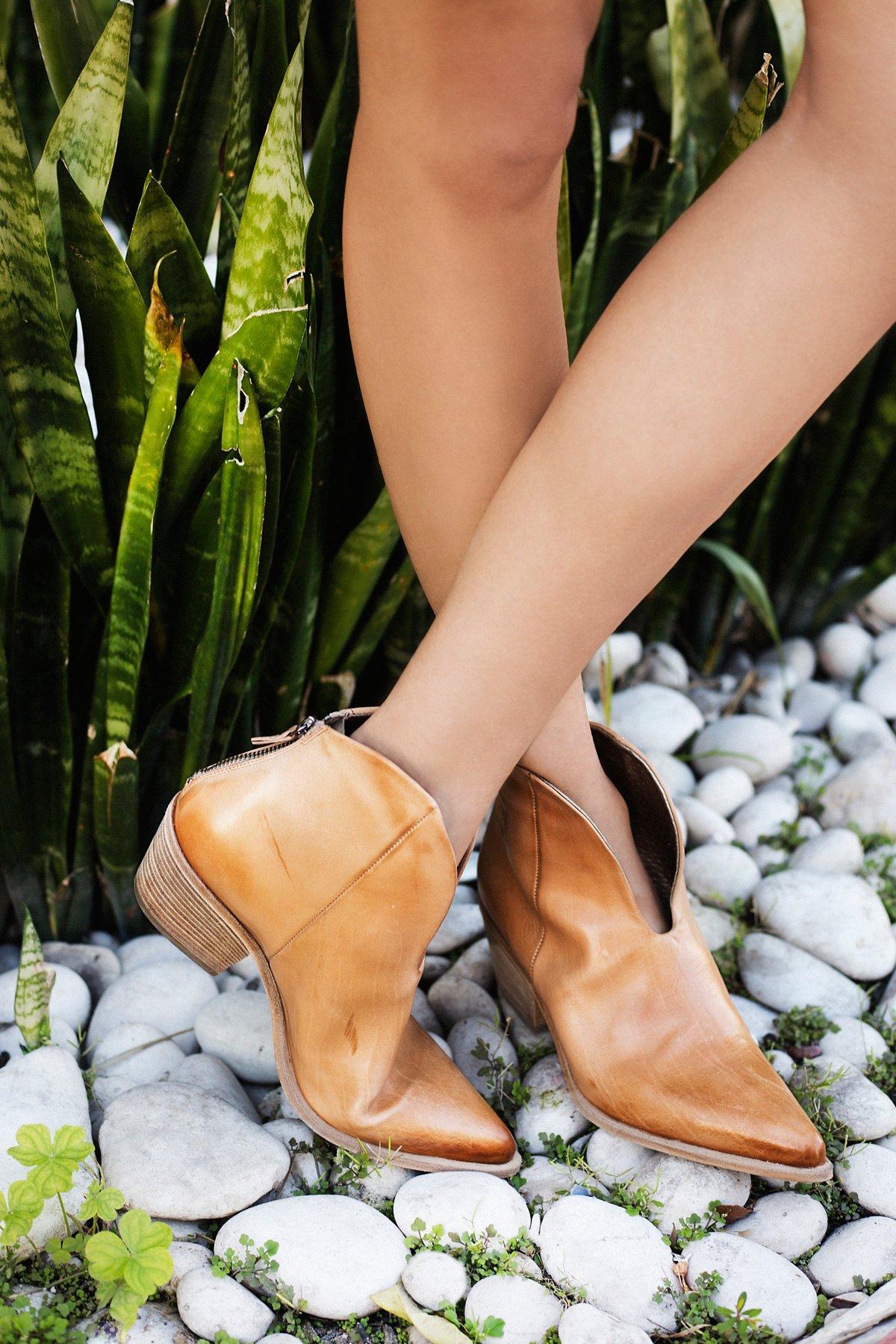 Vista Verde Western Boot