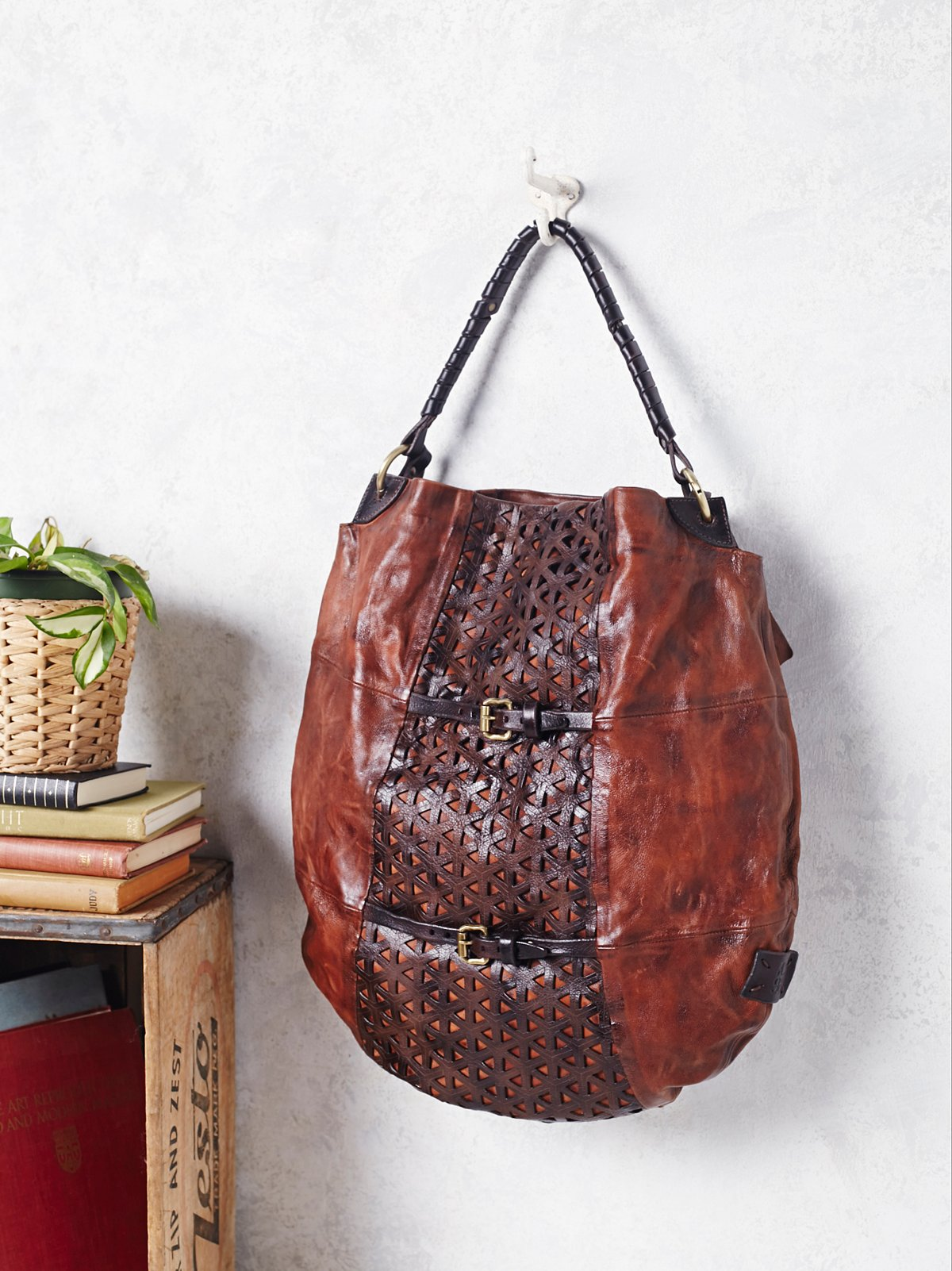 Sistine Leather Hobo