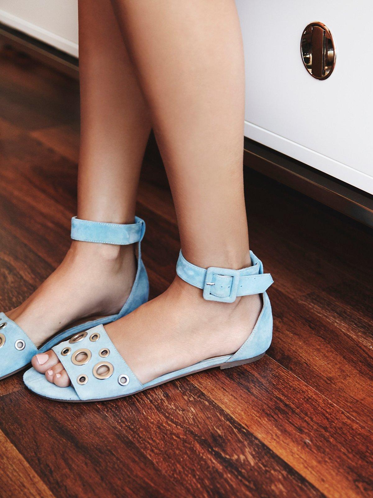 Moore Grommet凉鞋