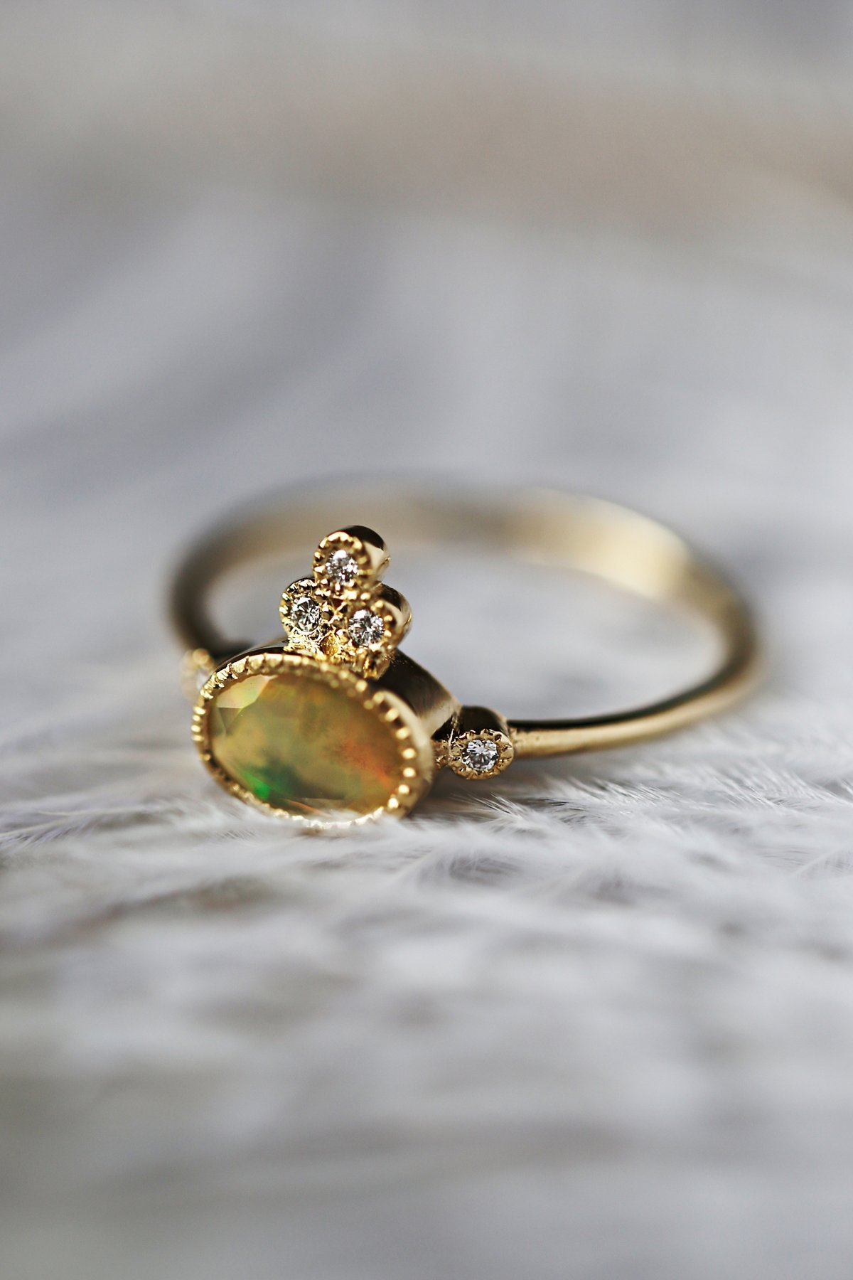 14k gold 5 opal ring at free clothing boutique