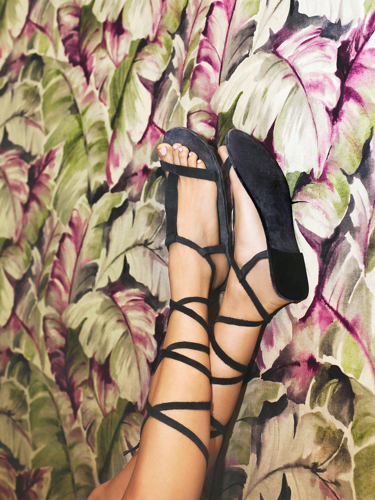 Dahlia系带凉鞋