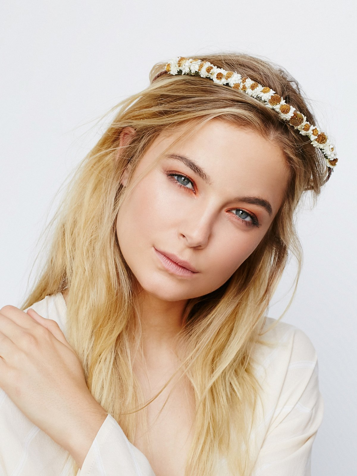 Dainty Dried Daisy Crown