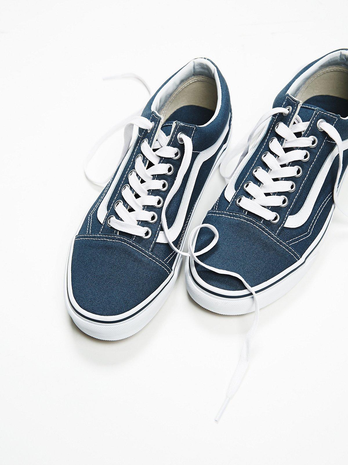 Old Skool Canvas Sneaker