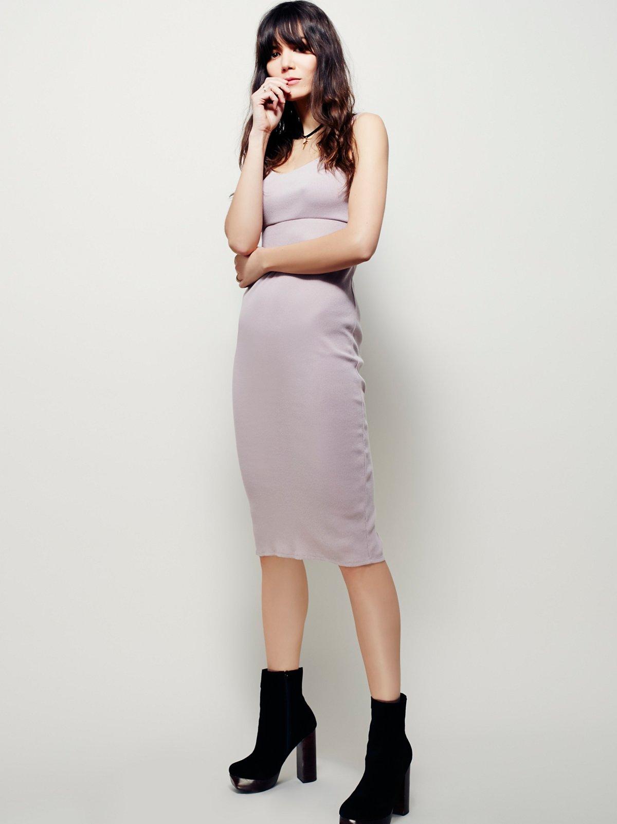 En Vogue Solid Dress