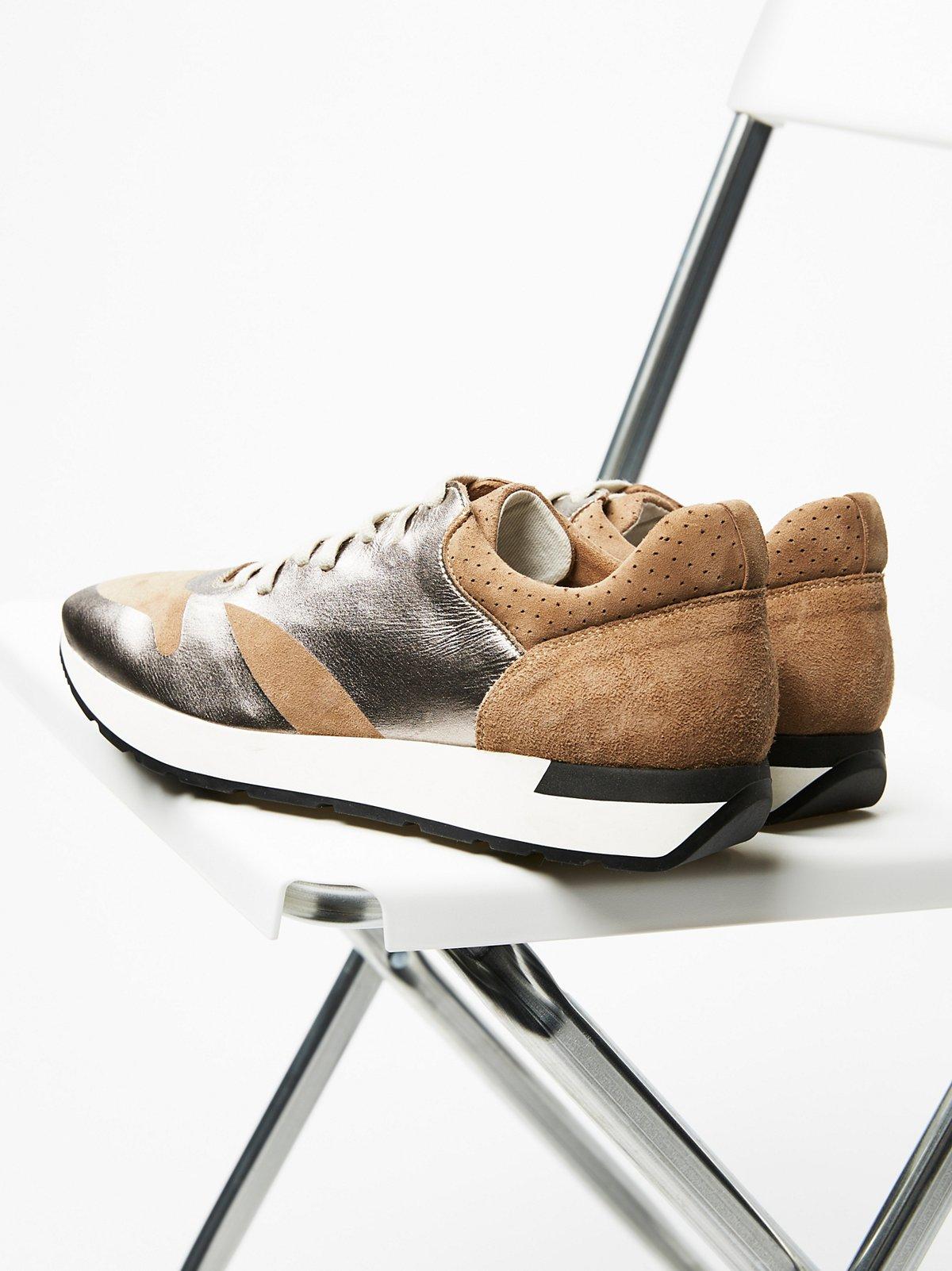 Kick It系带运动鞋