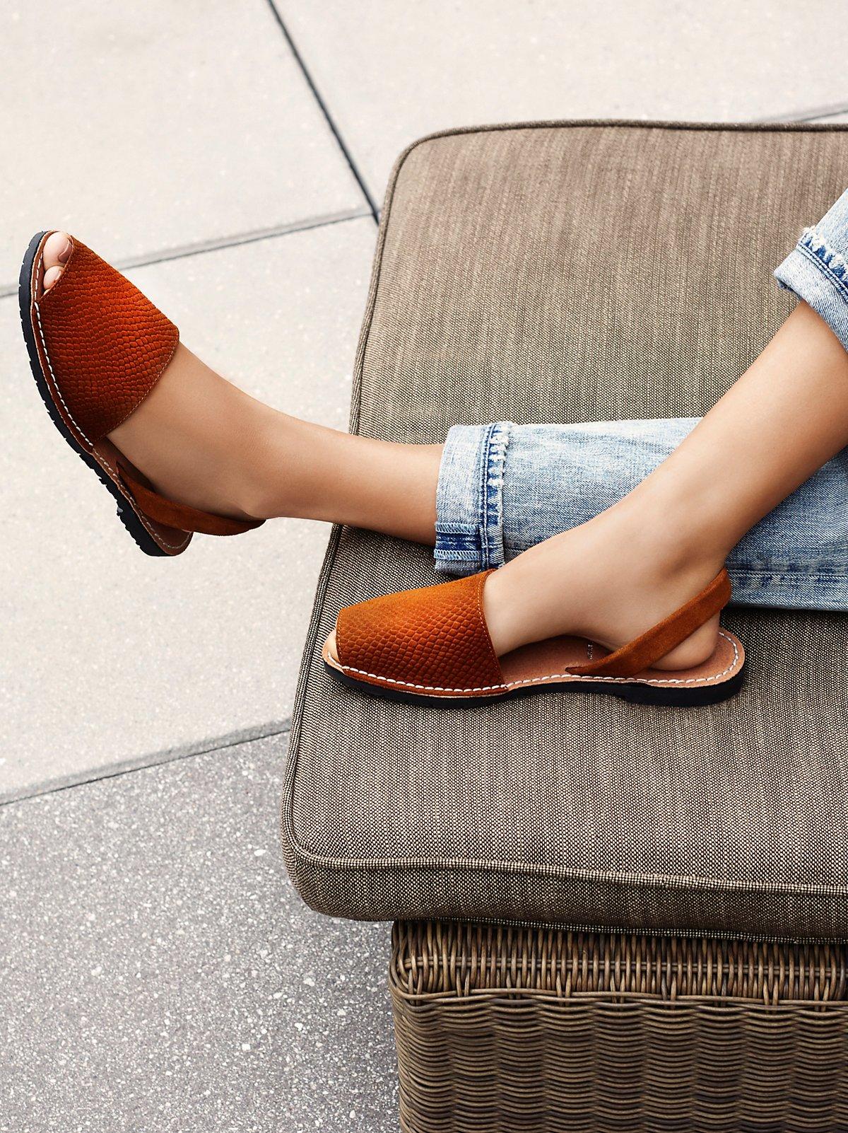 Starboard凉鞋