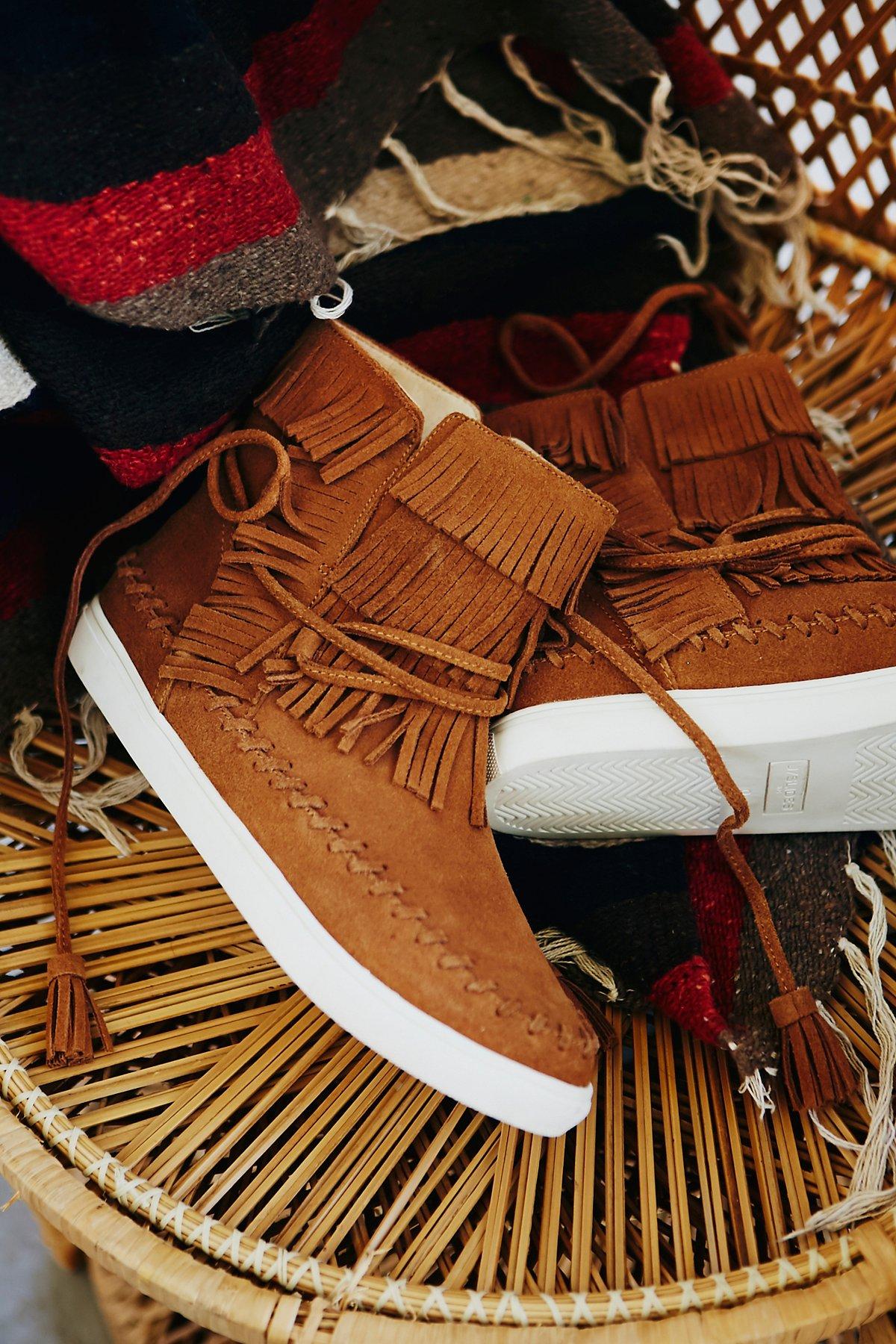 Bainbridge流苏运动鞋