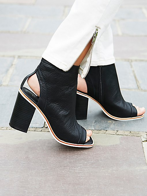 Product Image: Voyager Ankle Boot